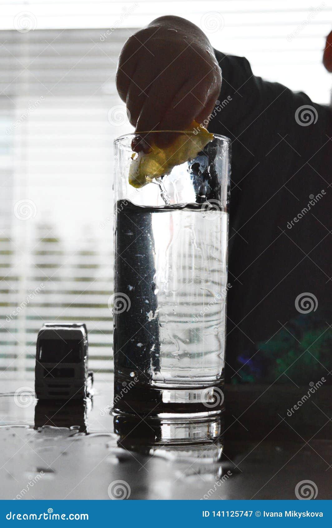 Παιχνίδι με το νερό