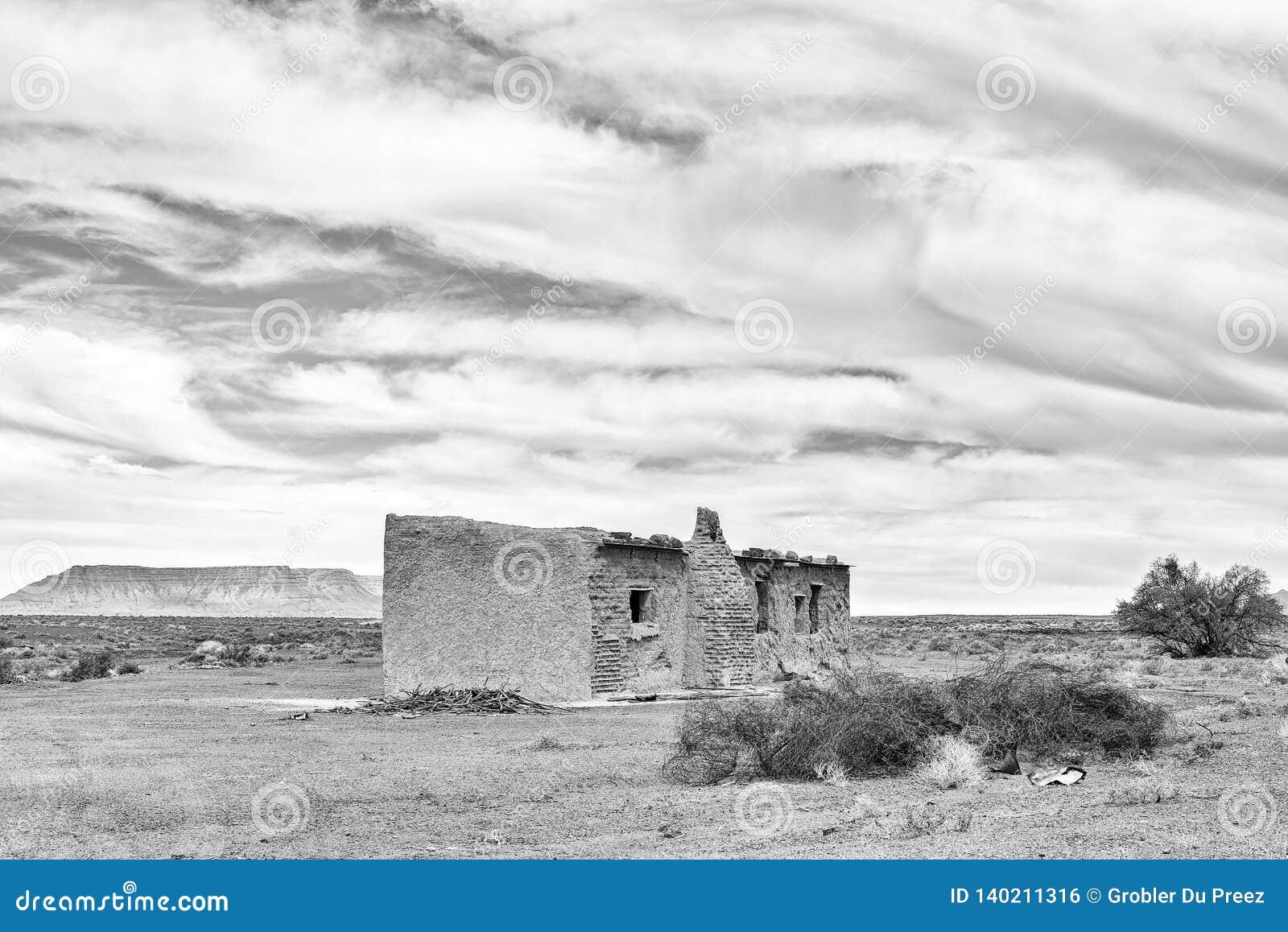 Παλαιά καταστροφή στο Tankwa Karoo μονοχρωματικός