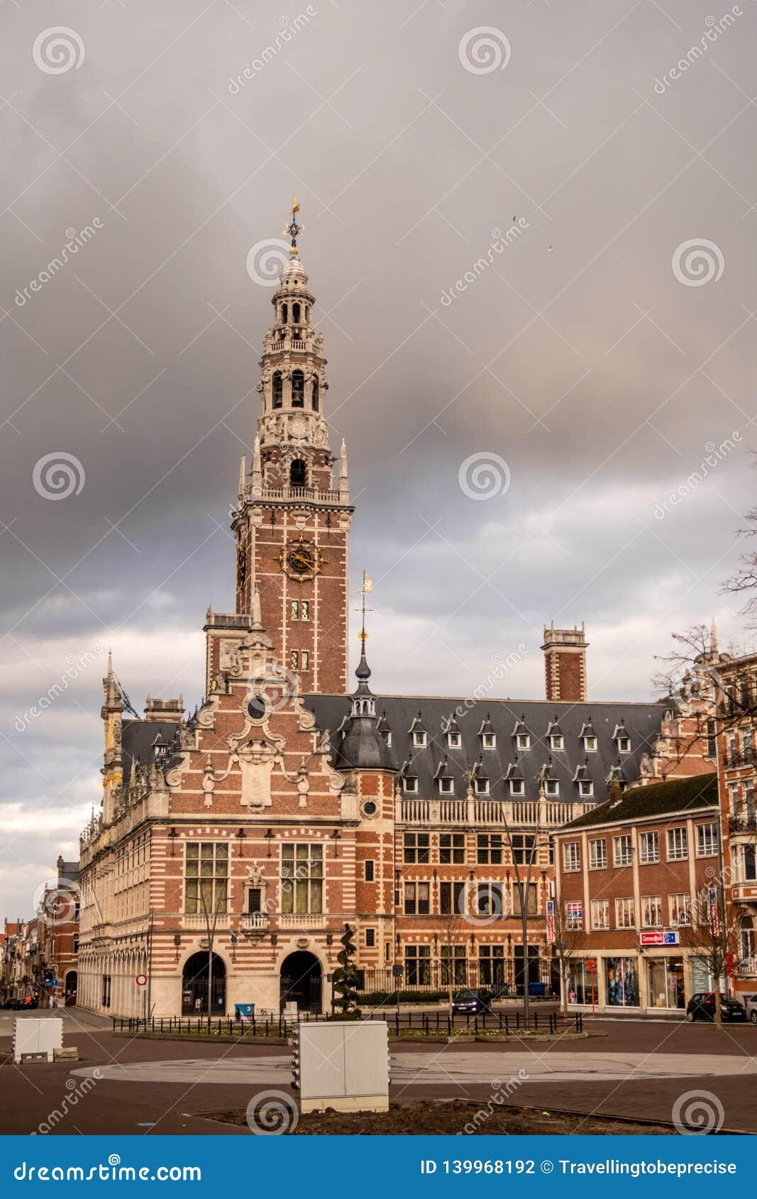 Πανεπιστημιακή βιβλιοθήκη, σε Ladeuzeplein, Λουβαίν, Φλαμανδική περιοχή Βέλγιο