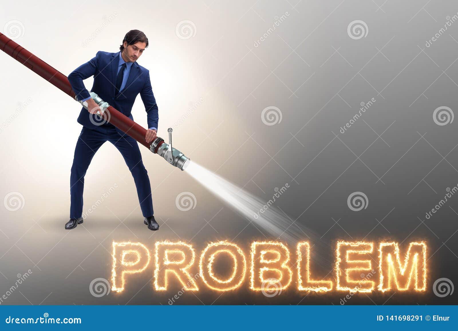 Бизнесмен успешно общаясь с проблемами