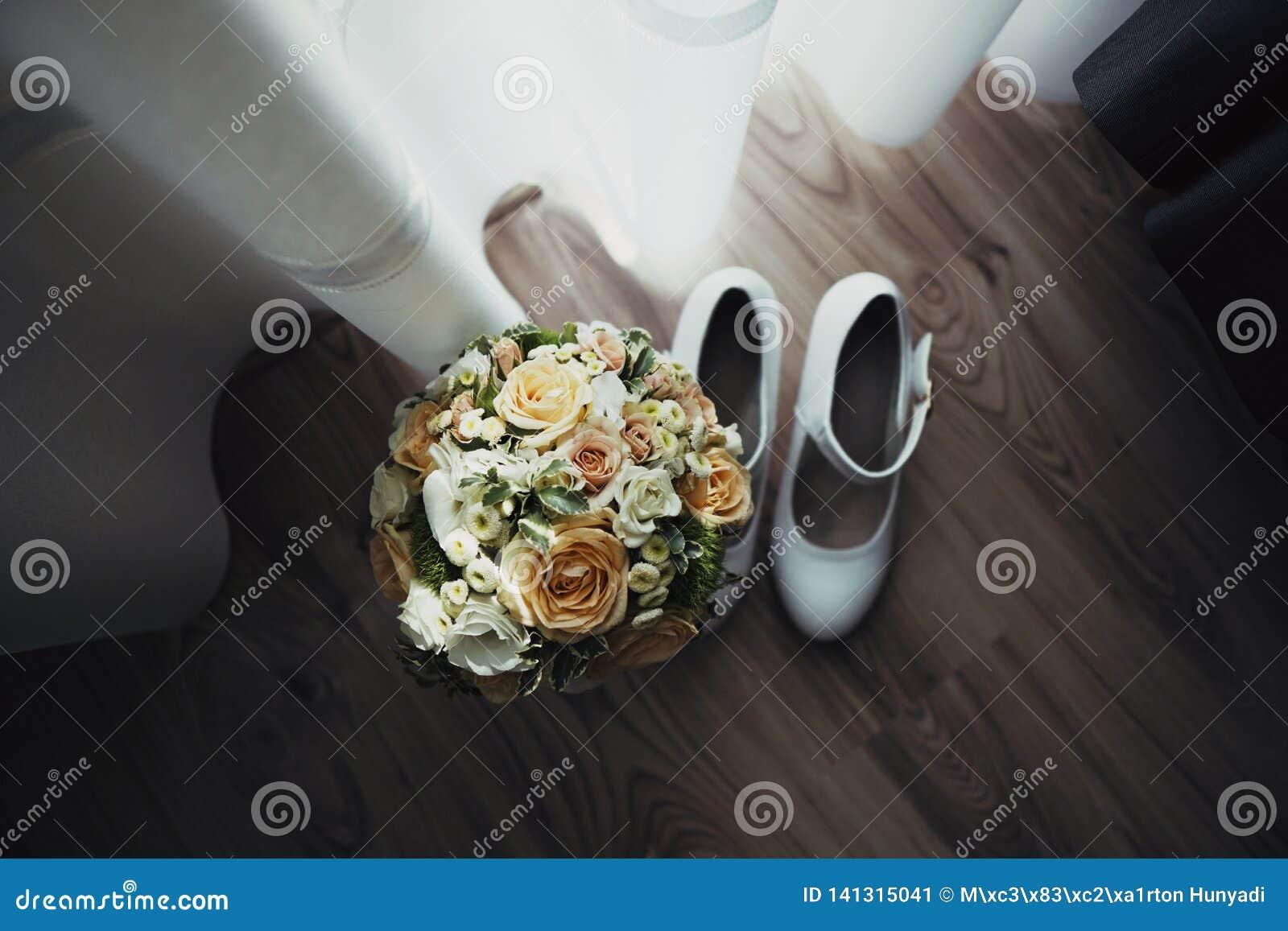 Букет свадьбы невесты