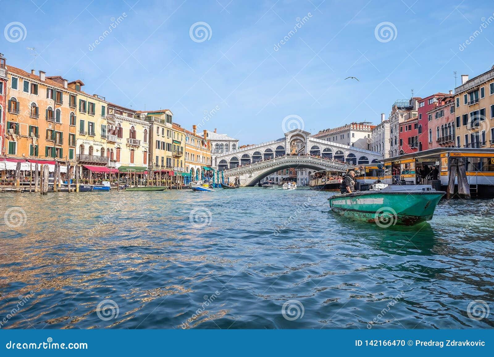 Венеция Италия популярное туристское назначение