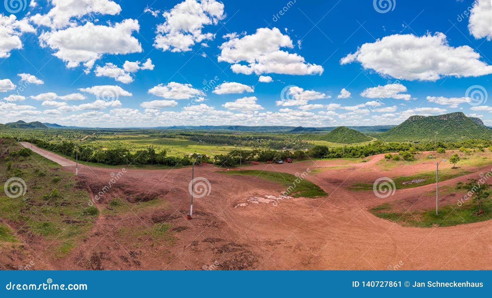 Вертикальная панорама, сфотографированная от Cerro Pero в Парагвае