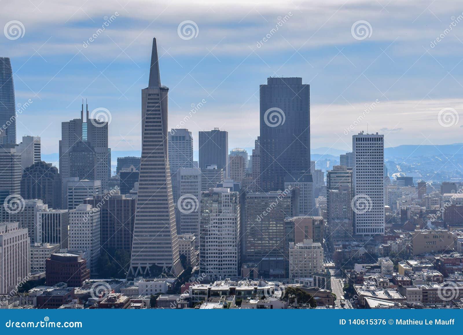 Горизонт Сан-Франциско - финансовый район