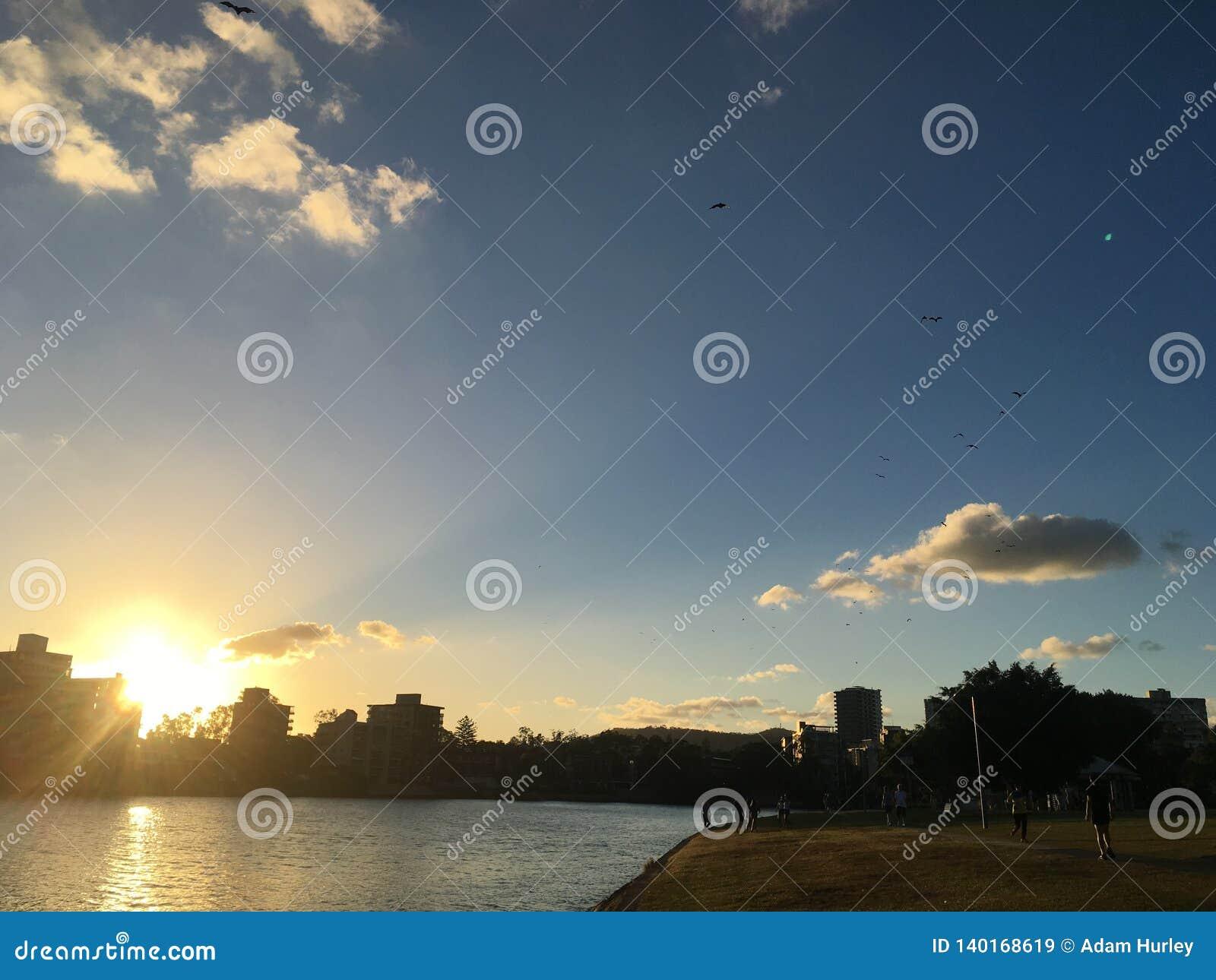 Заход солнца в Брисбене