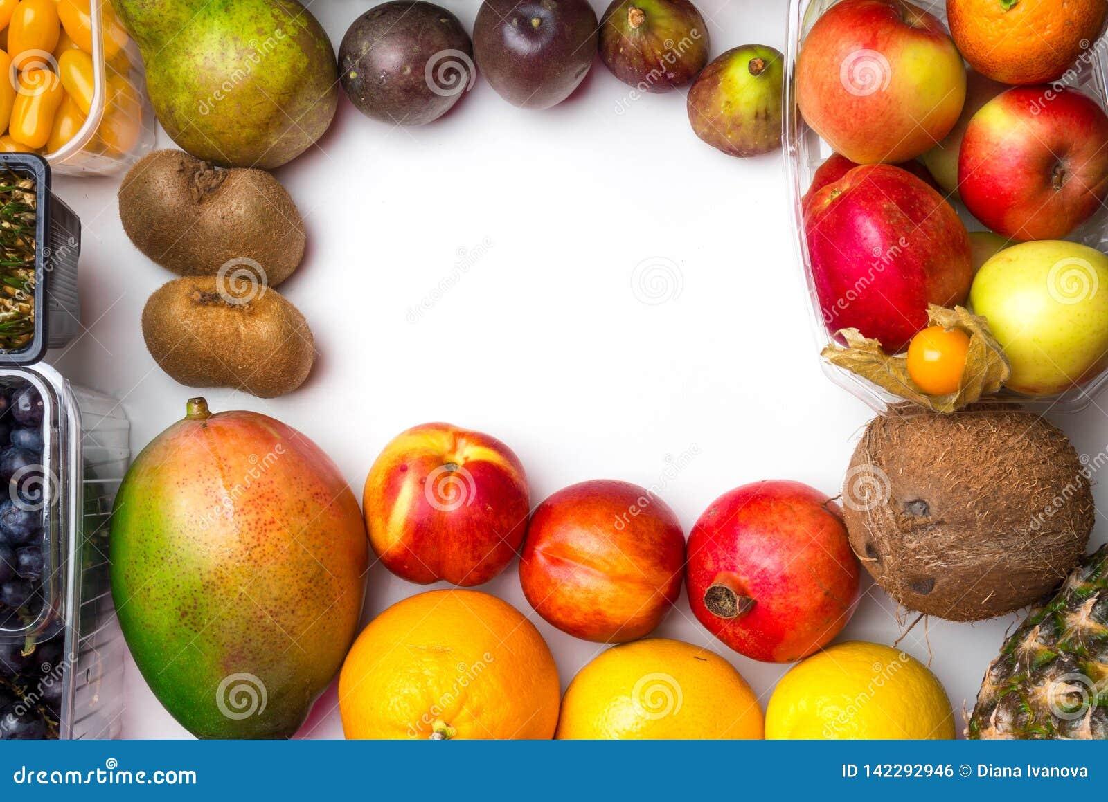 Здоровые предпосылка еды/фото студии различных фруктов и овощей на белой предпосылке