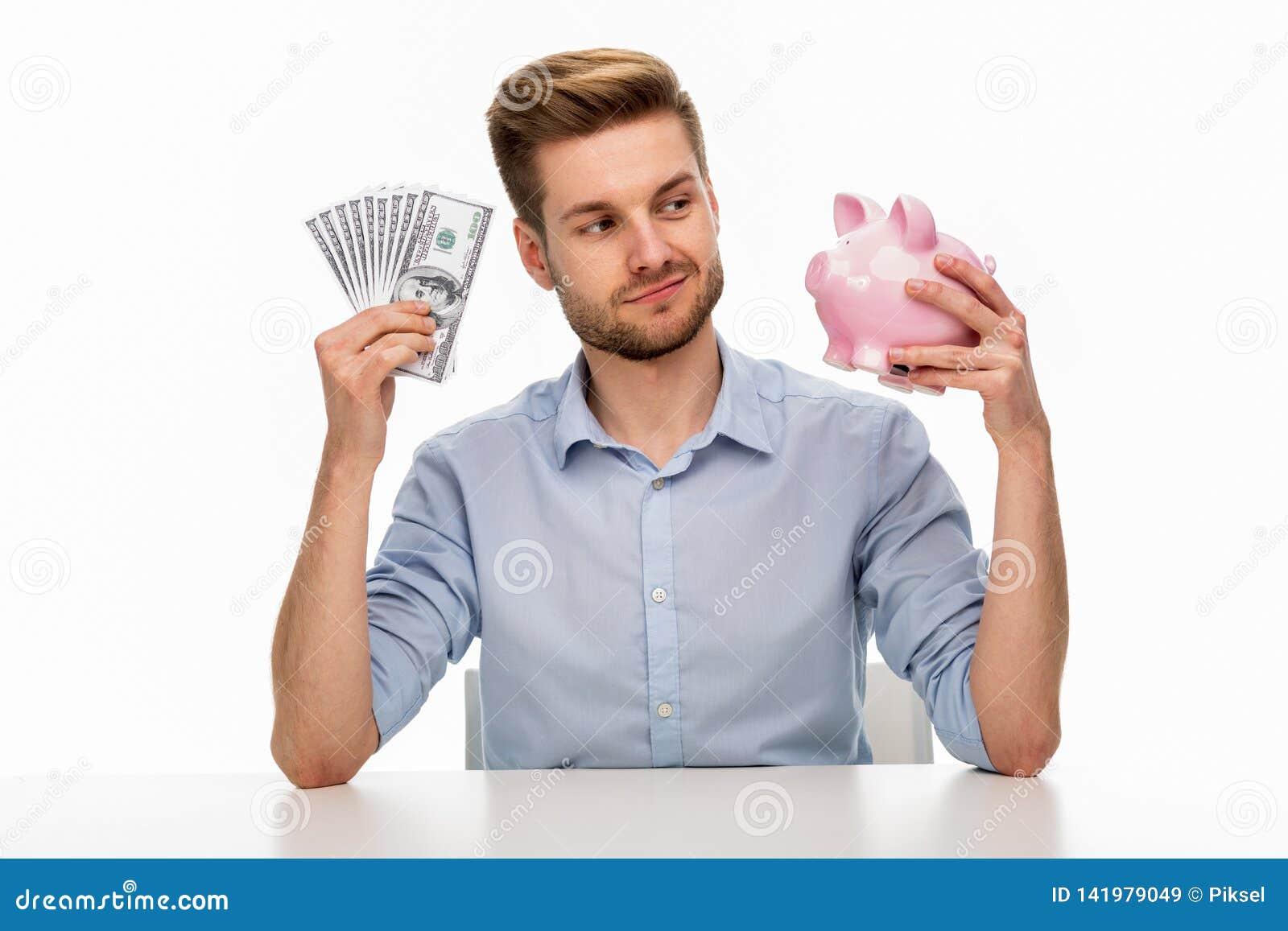 класть дег человека банка piggy