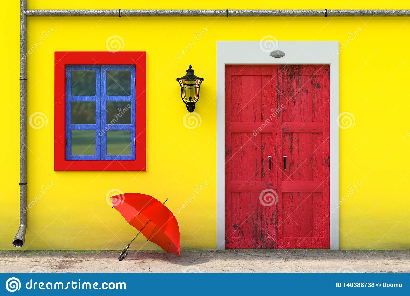 Красный зонтик перед ретро винтажным европейским жилищным строительством с желтой стеной, красной дверью и голубым Windows, сцено