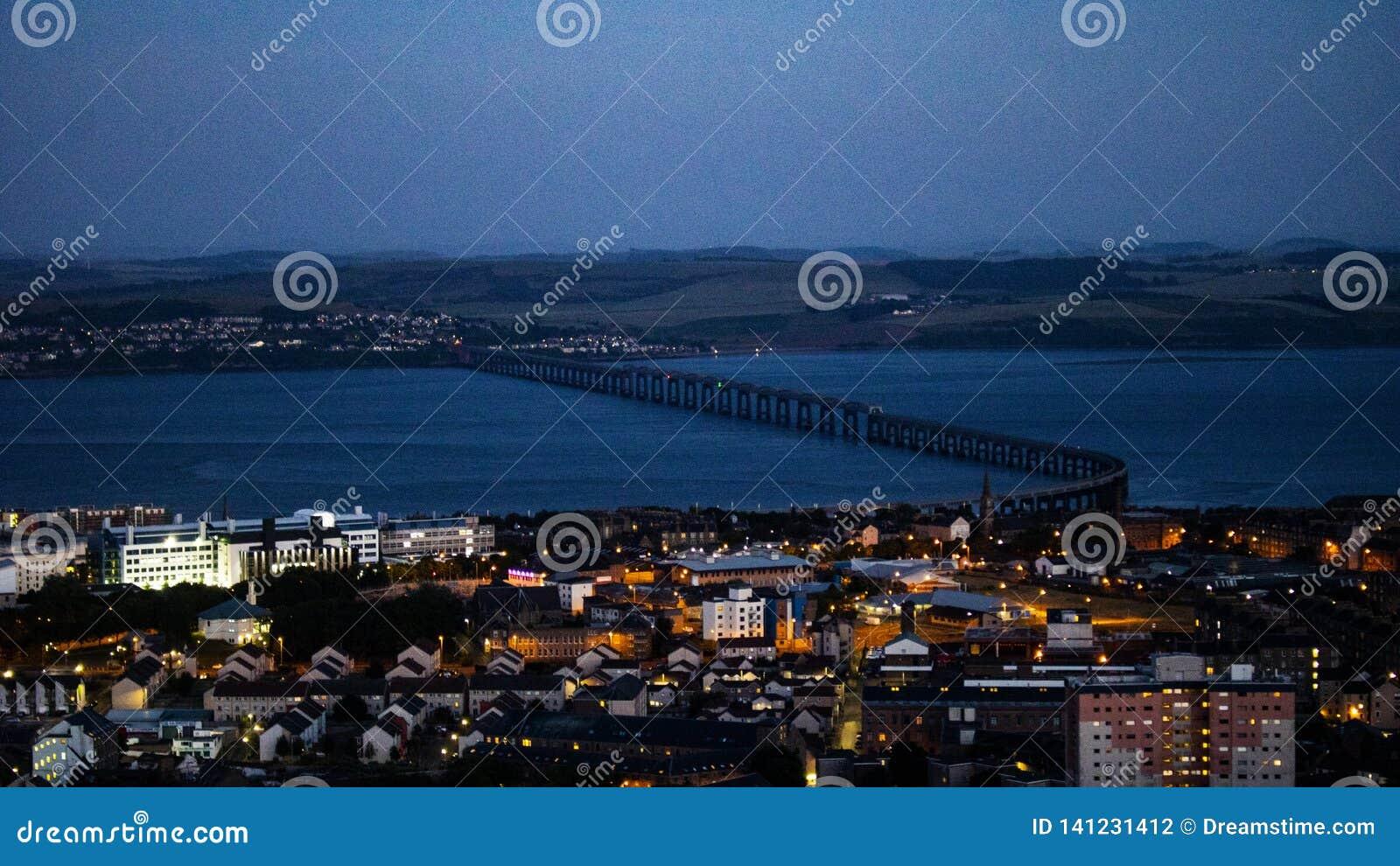 Мост между 2 городами