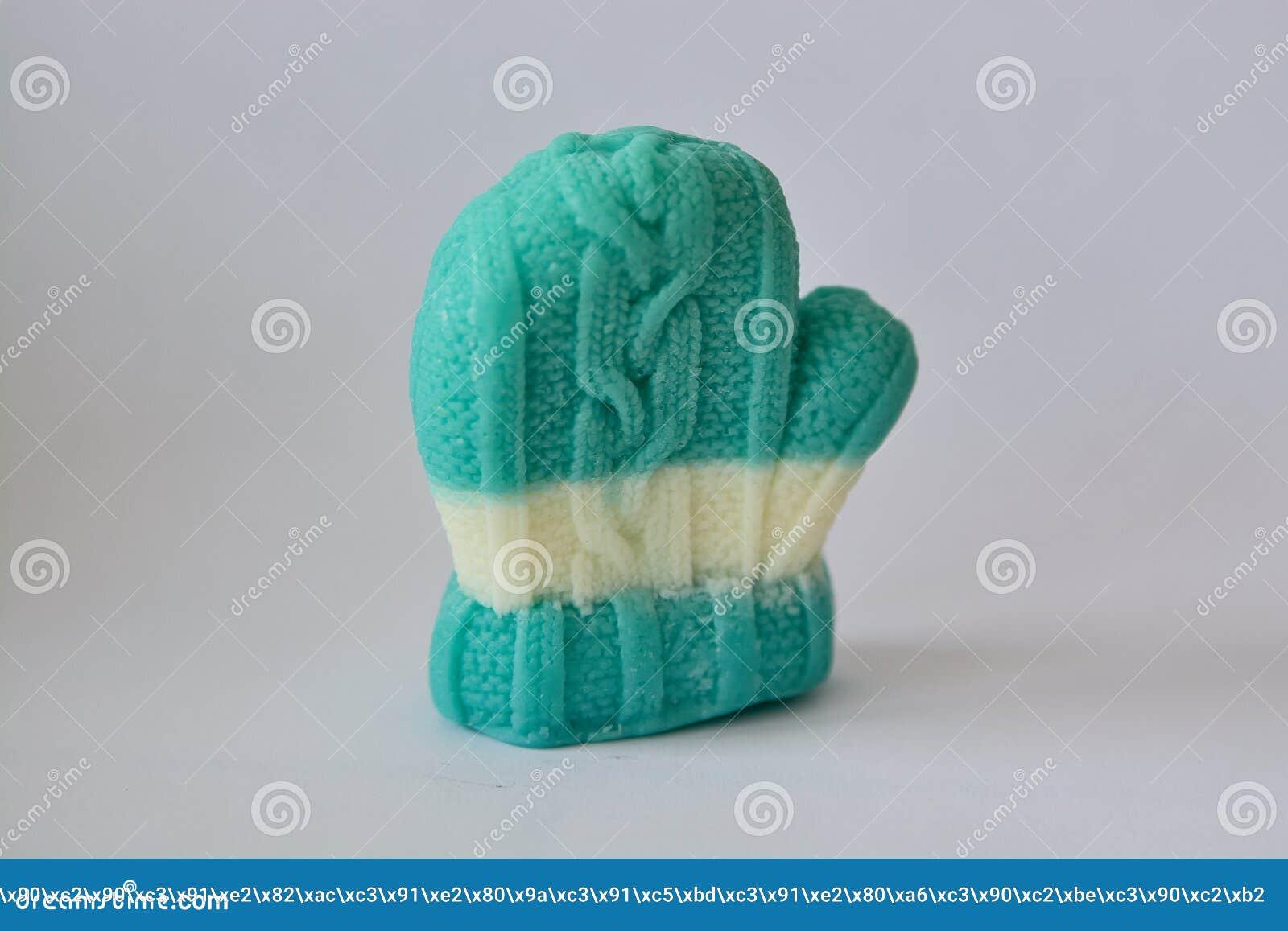 Подарок мыла в форме mittens зимы