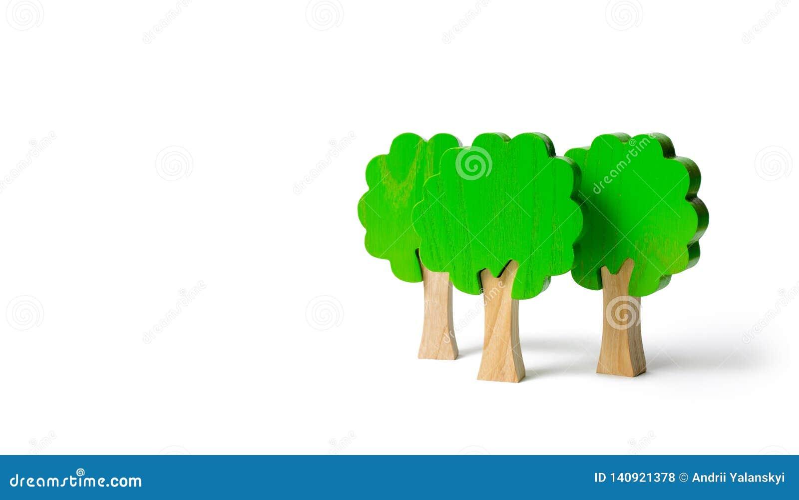 3 диаграммы игрушки деревянных деревьев на изолированной предпосылке Имитация леса Экологическая консервация Светлые планеты Семь