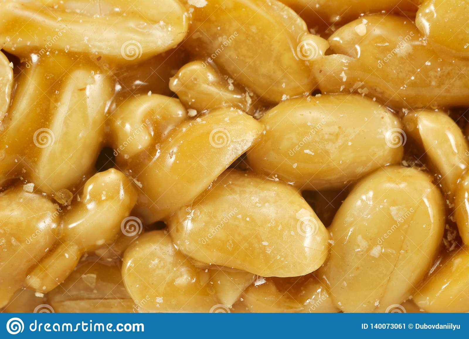 Сахар застеклил kozinak, арахисы