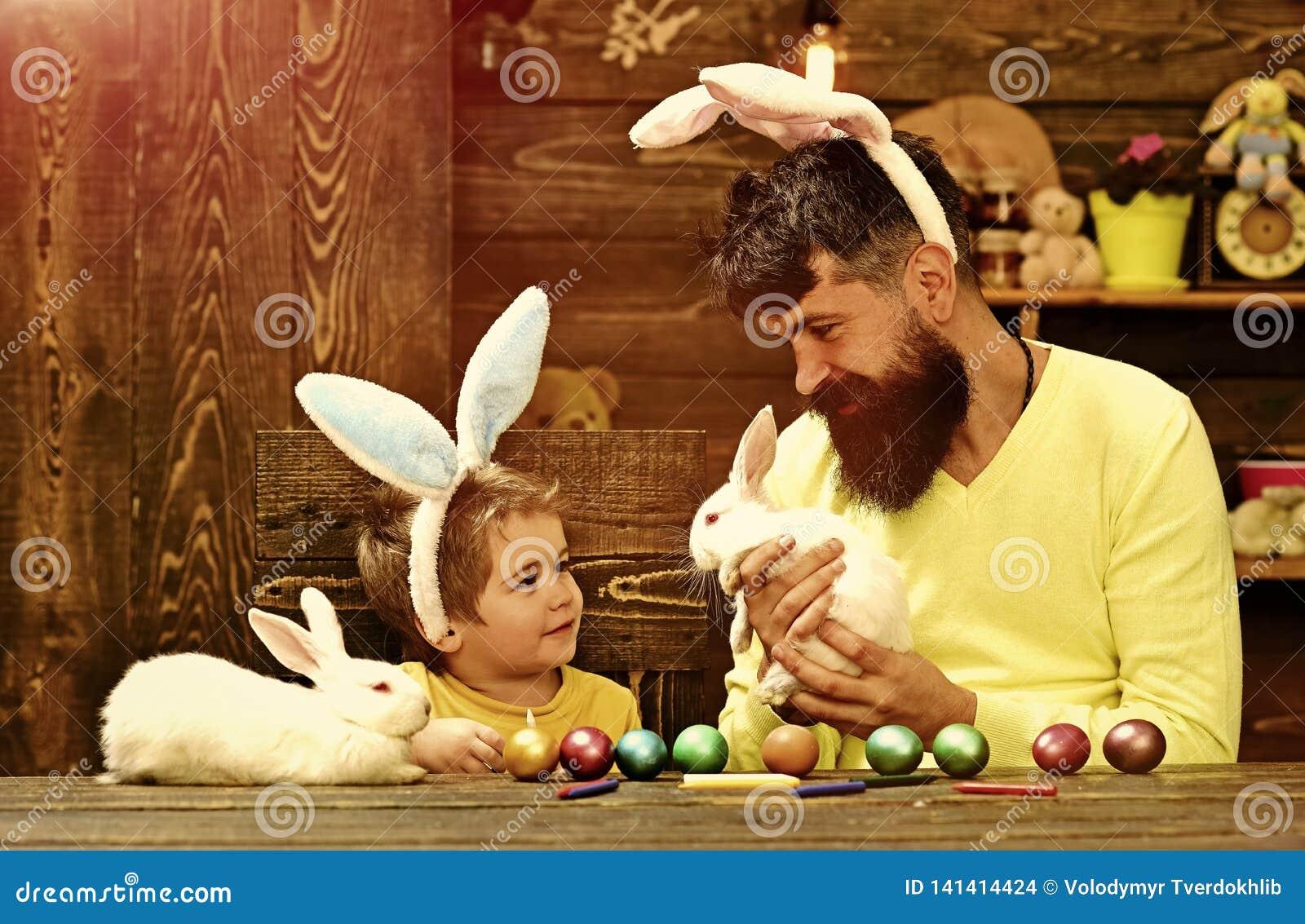 Семья кролика с ушами зайчика