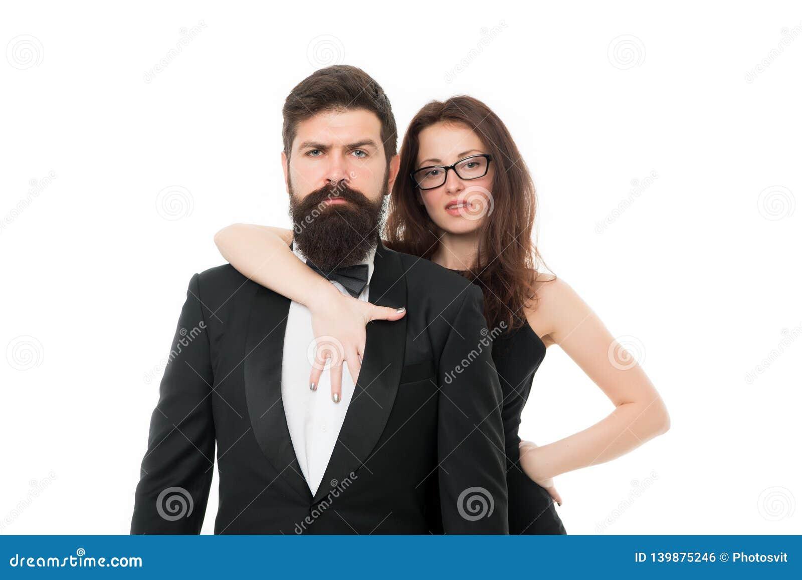 способ официально пары дела предпосылки изолированные над белизной Любовь пары любят романтичное Элегантные пары в официальной но