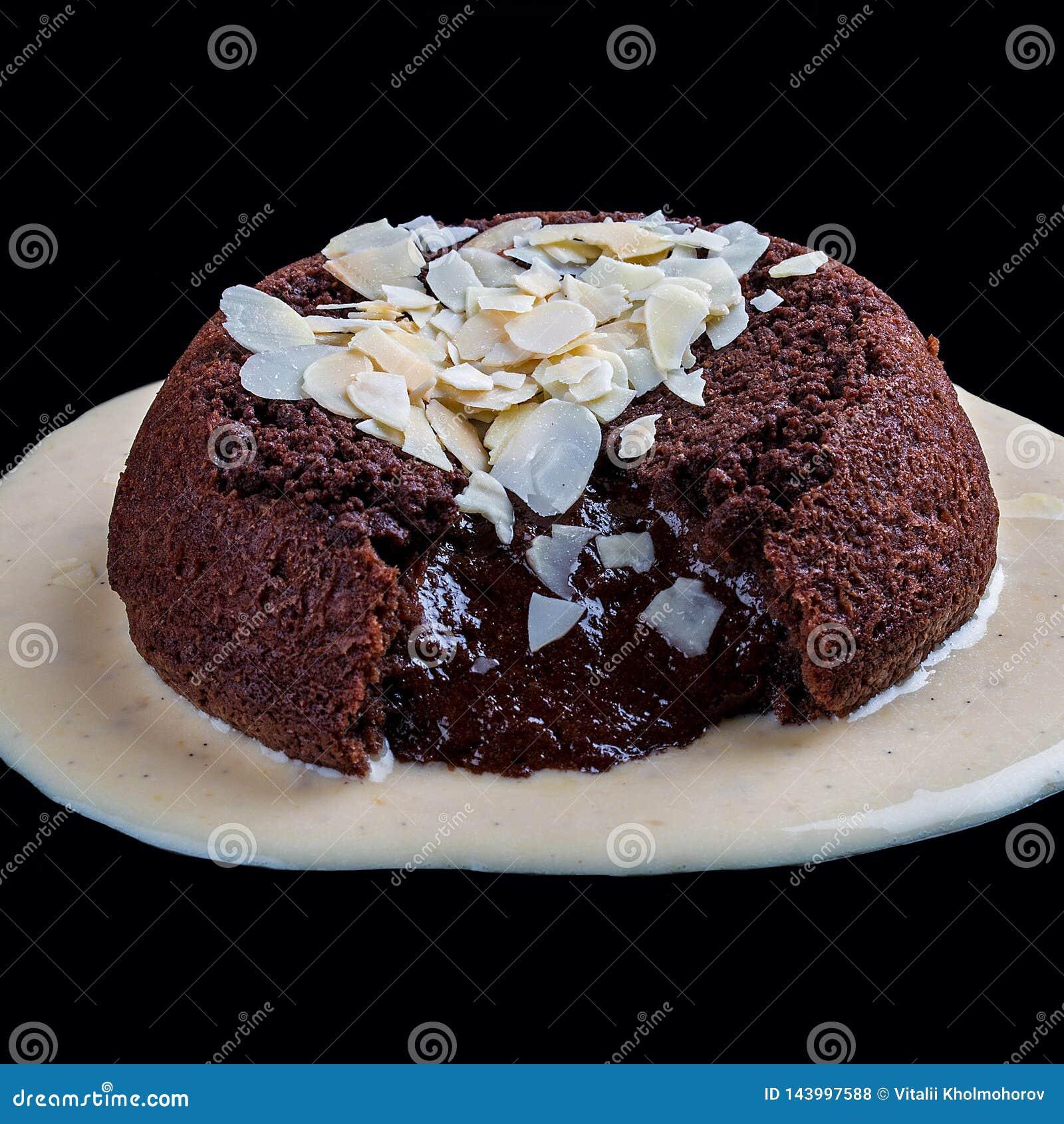 Сake with chocolate lava
