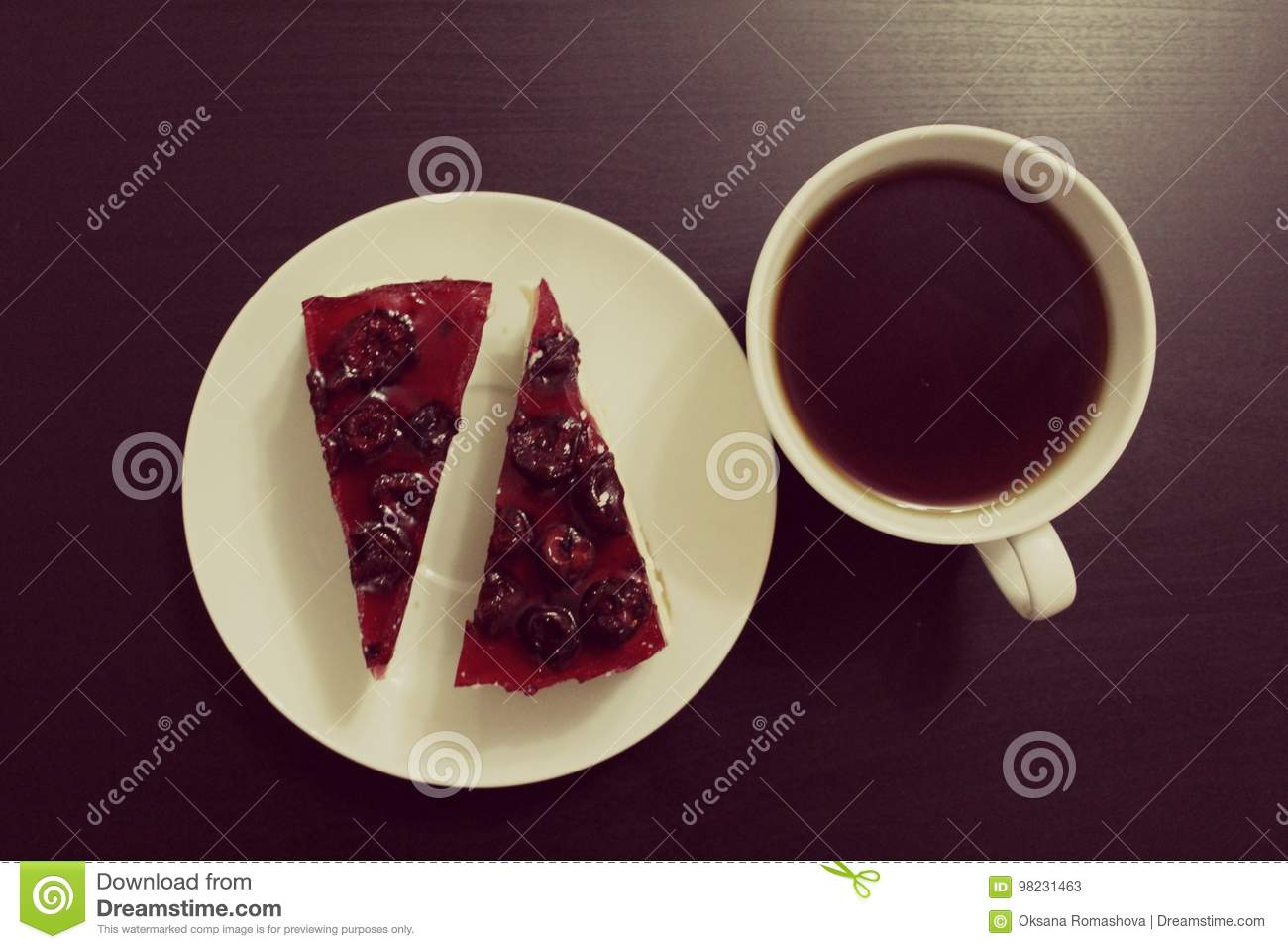 Сheesecake and tea