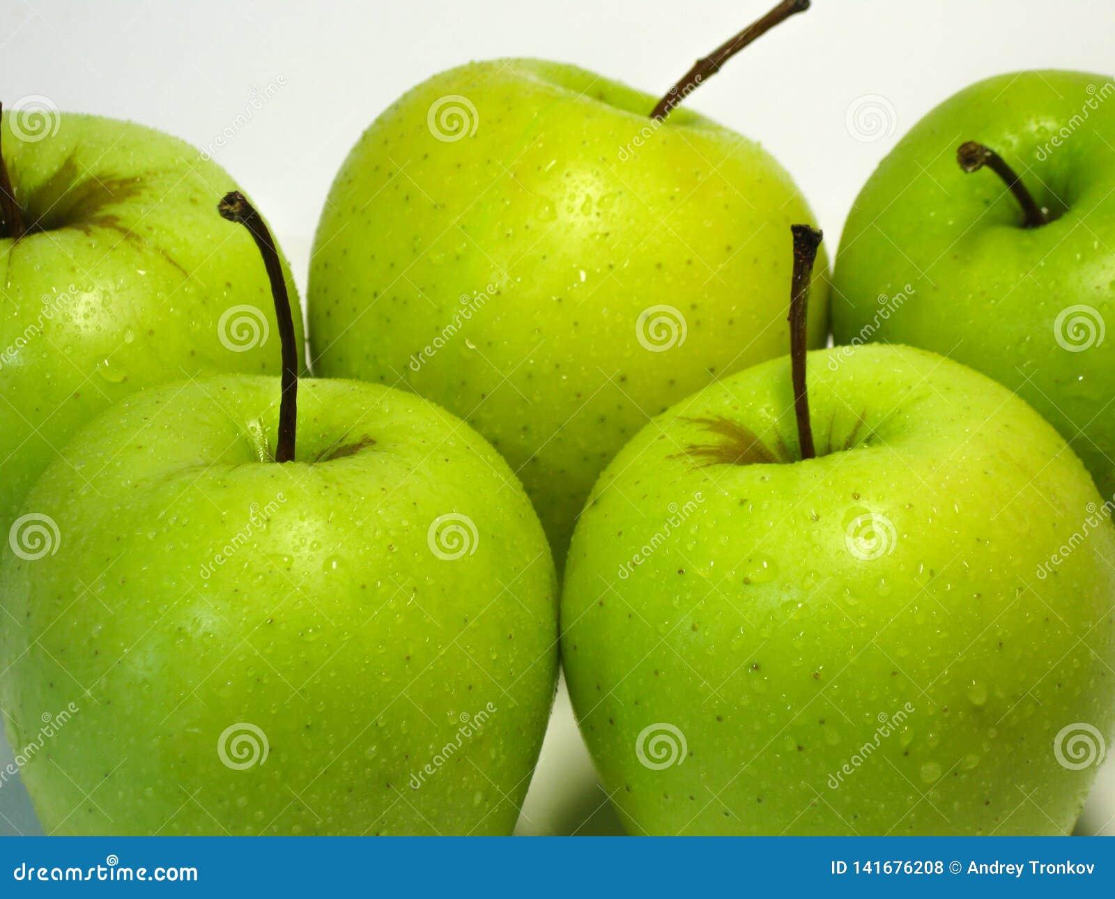 Яблоко плод одно в основной человеческой диете Вкус и преимущества этого доступного плода зарабатывали ему такое extrao