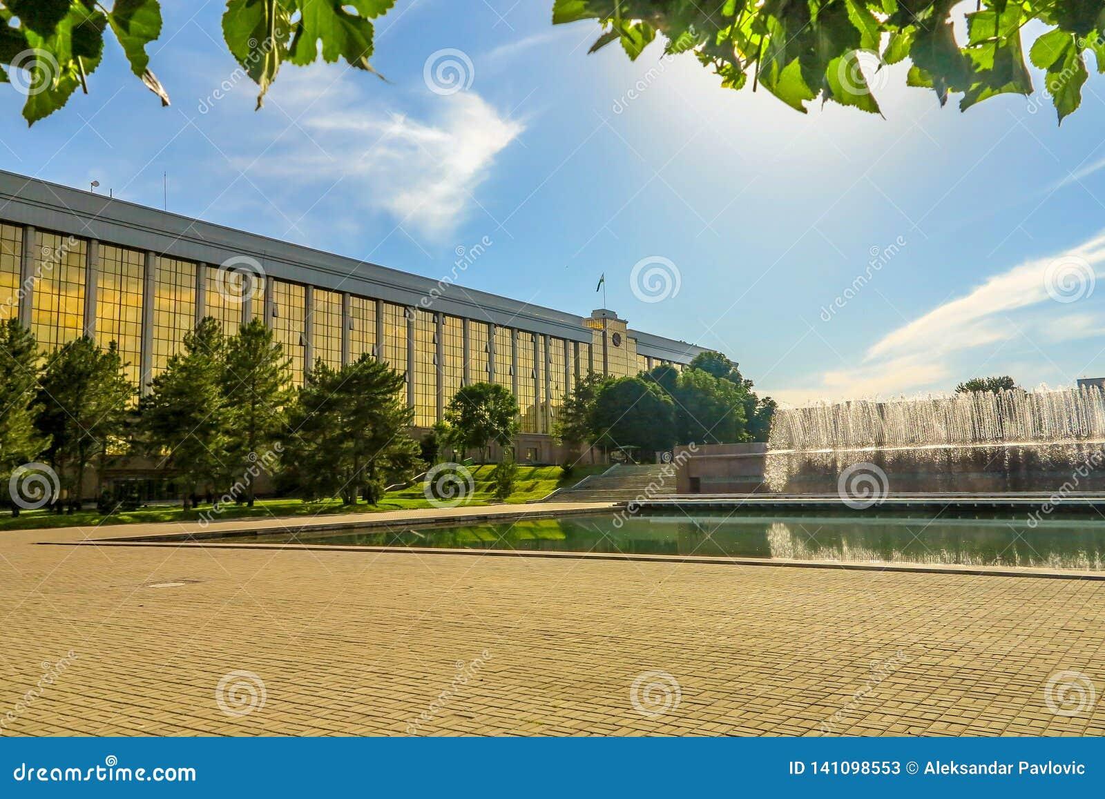 Ташкент Mustaqilliq Maidoni 05
