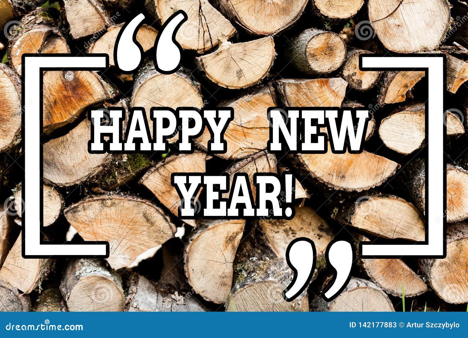Текст почерка писать С Новым Годом! Концепция знача Xmas поздравлениям веселый каждый начинать от января деревянный