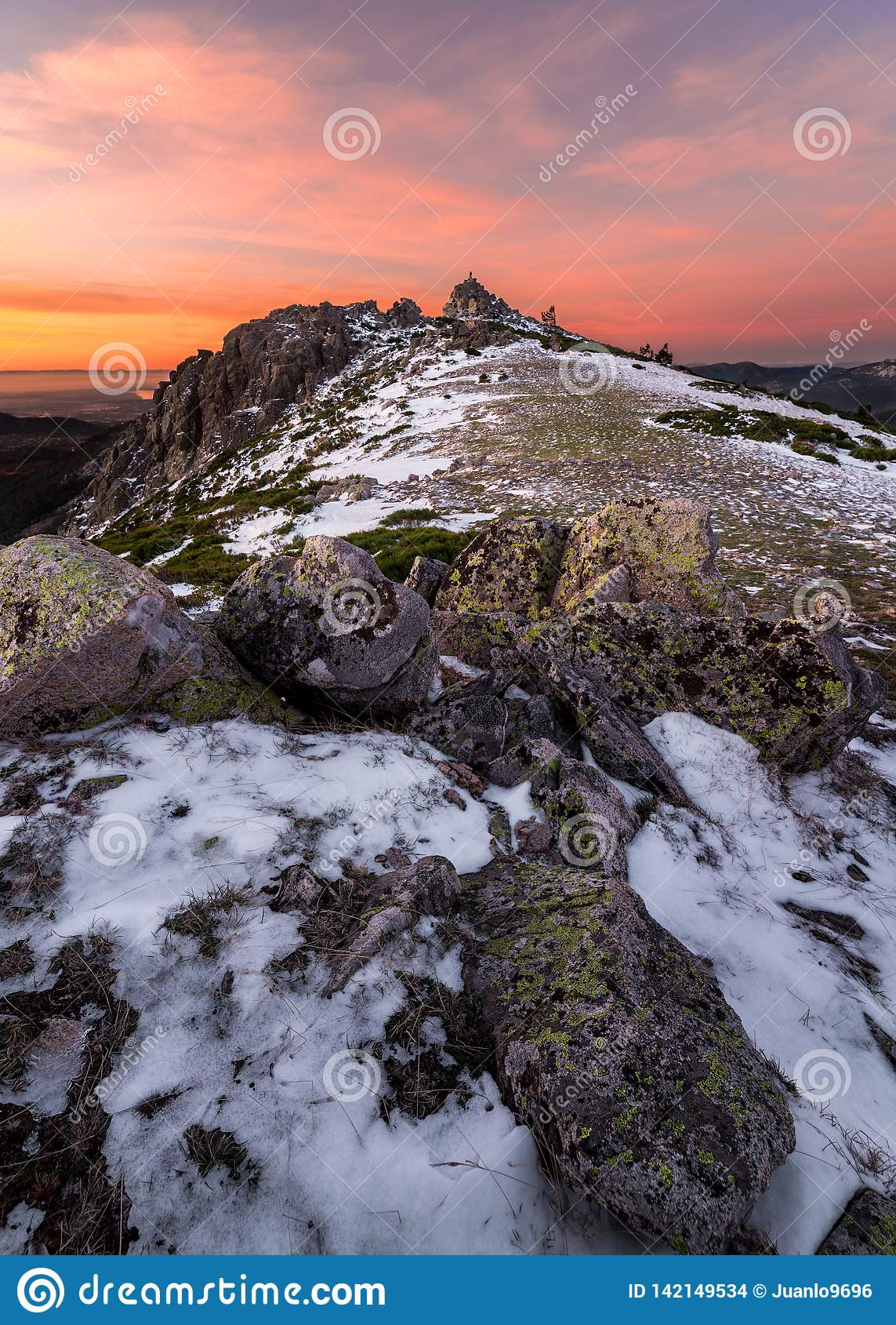 Рассвет от горы