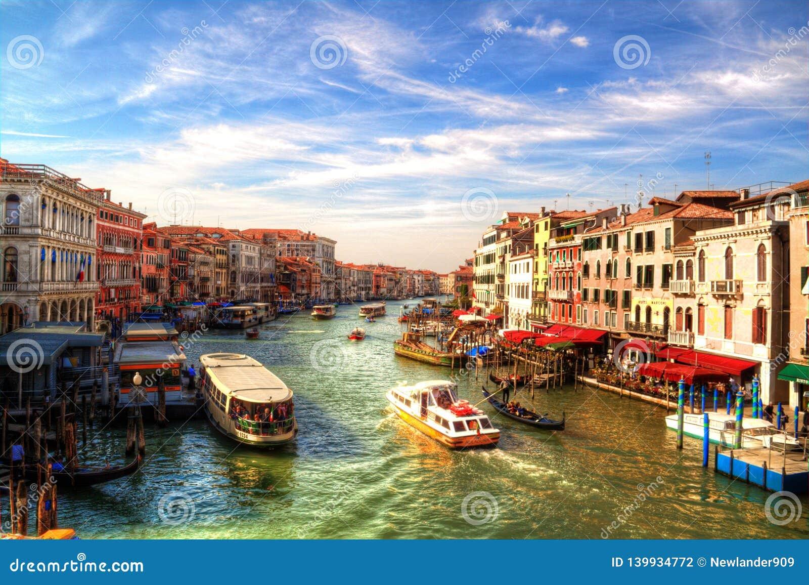 Романтичный взгляд большого канала, Венеции, Италии