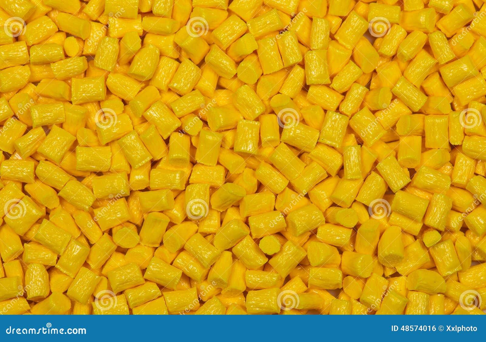 Żółty klingeryt granuluje wyrka