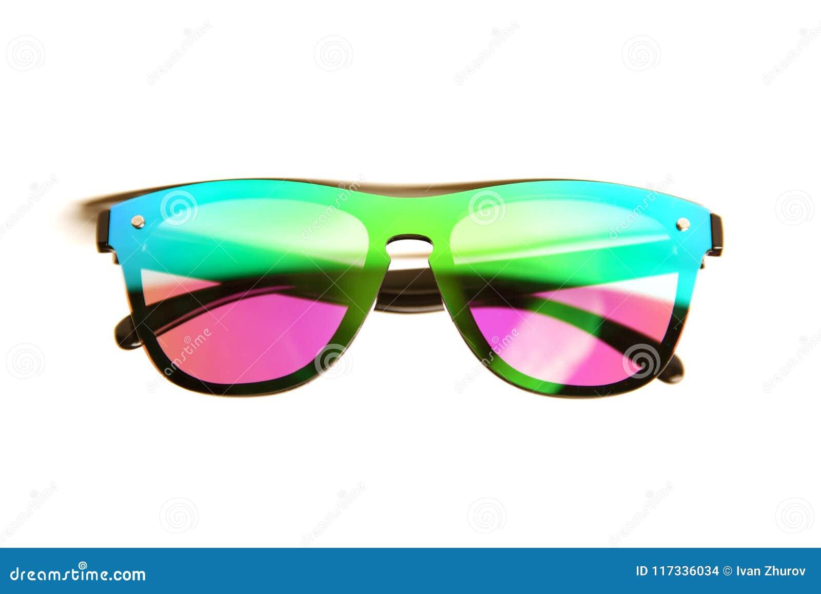 e28d00bbbfab5 Óculos de sol com as lentes brilhantes do espelho de cores cor-de-rosa