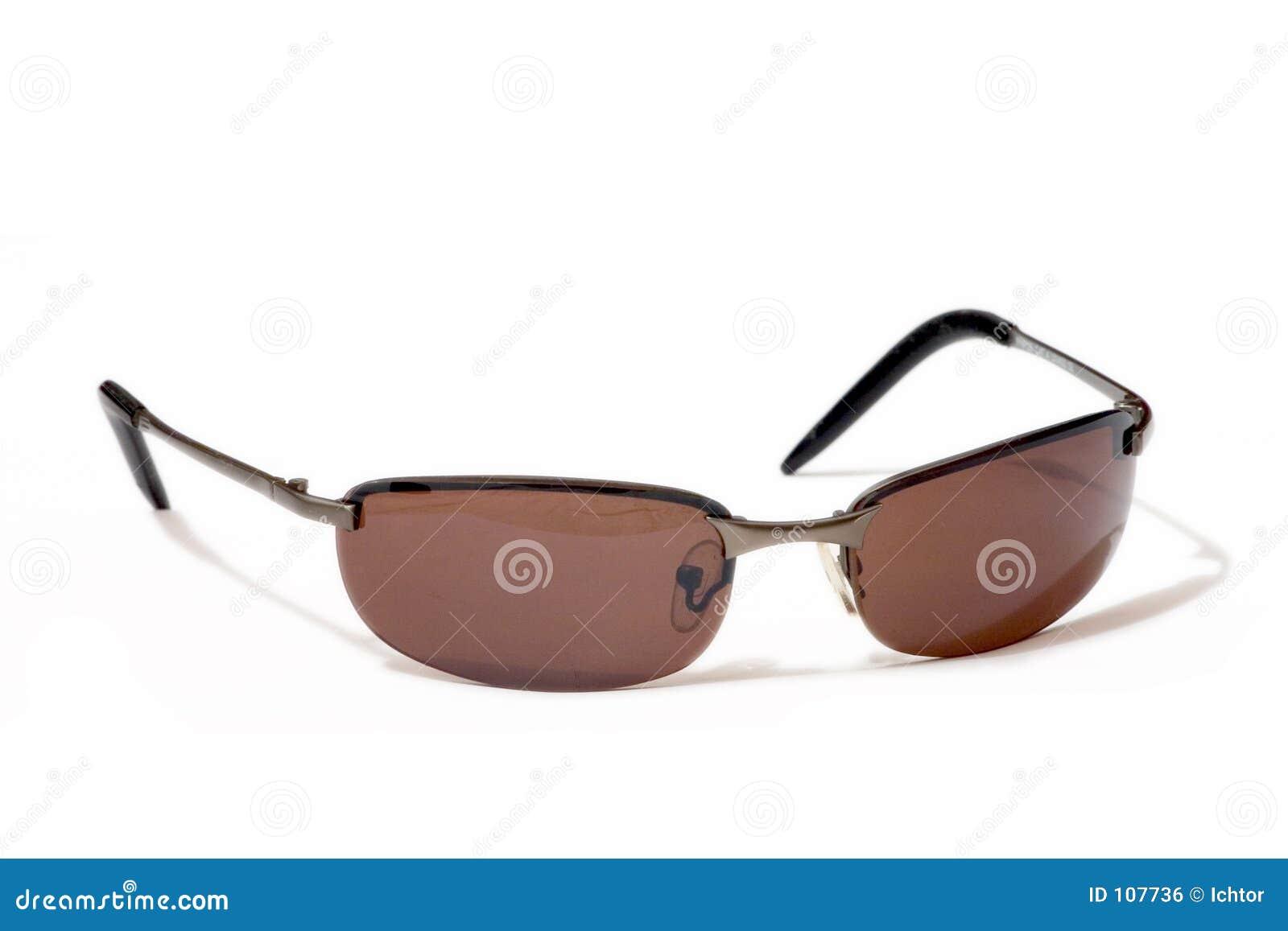 Óculos de sol modernos