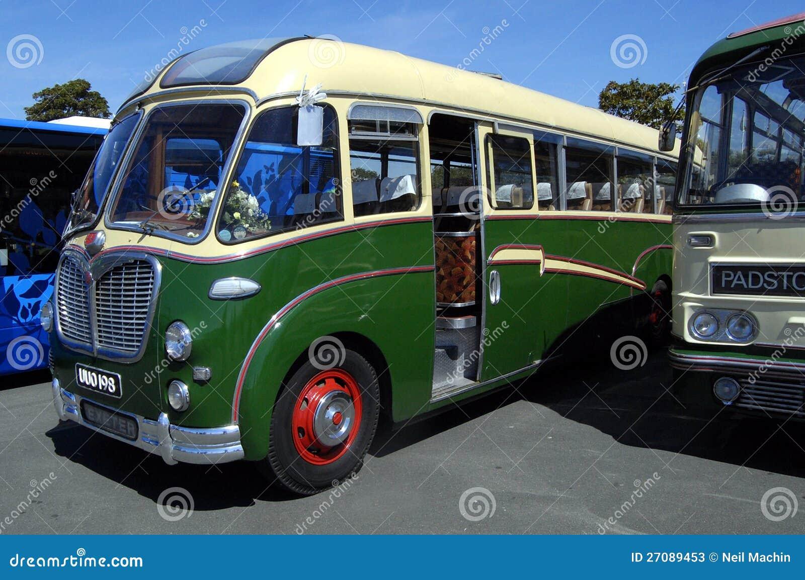 Ônibus velho, SB Vega Duple de Bedford