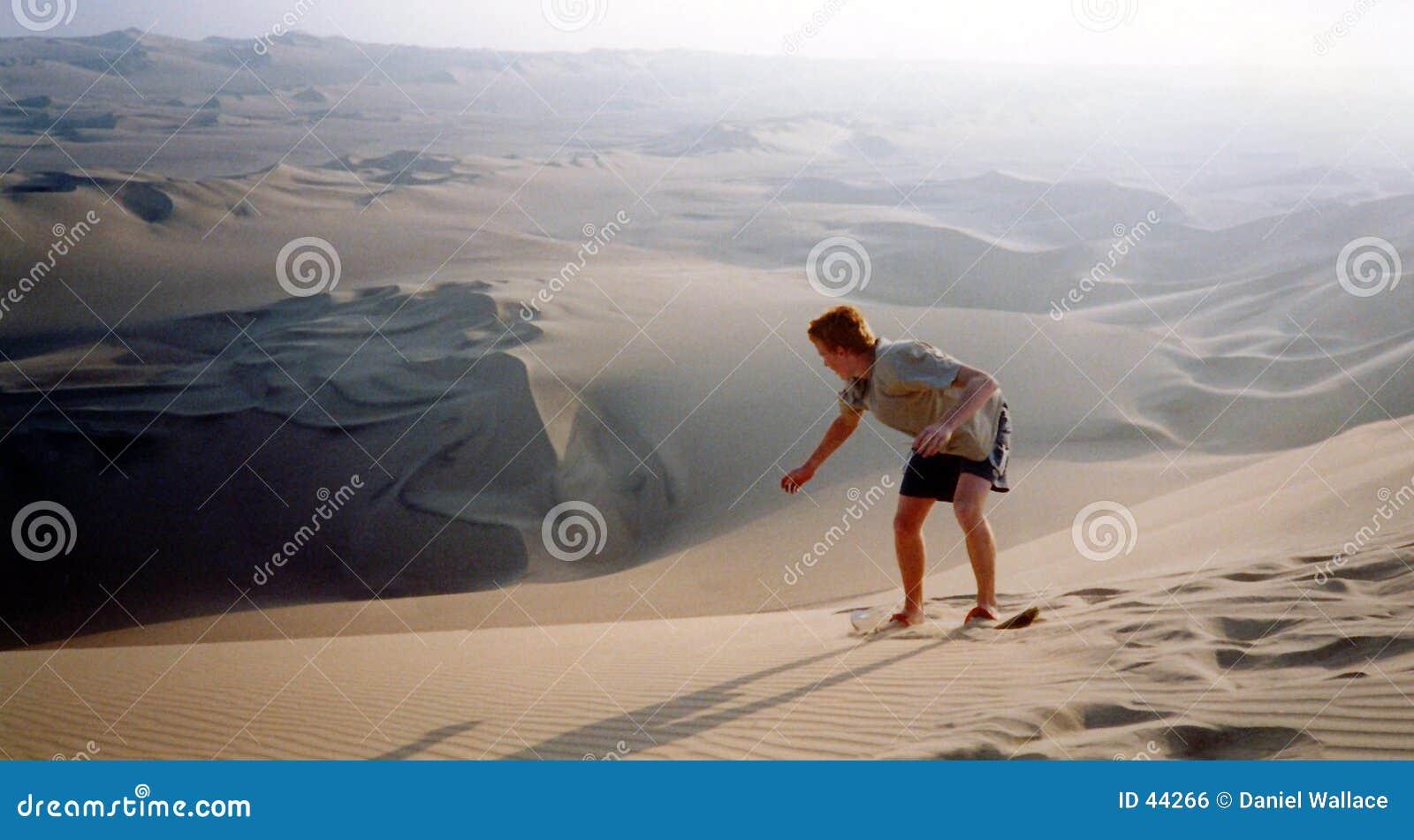 öken som sandboarding