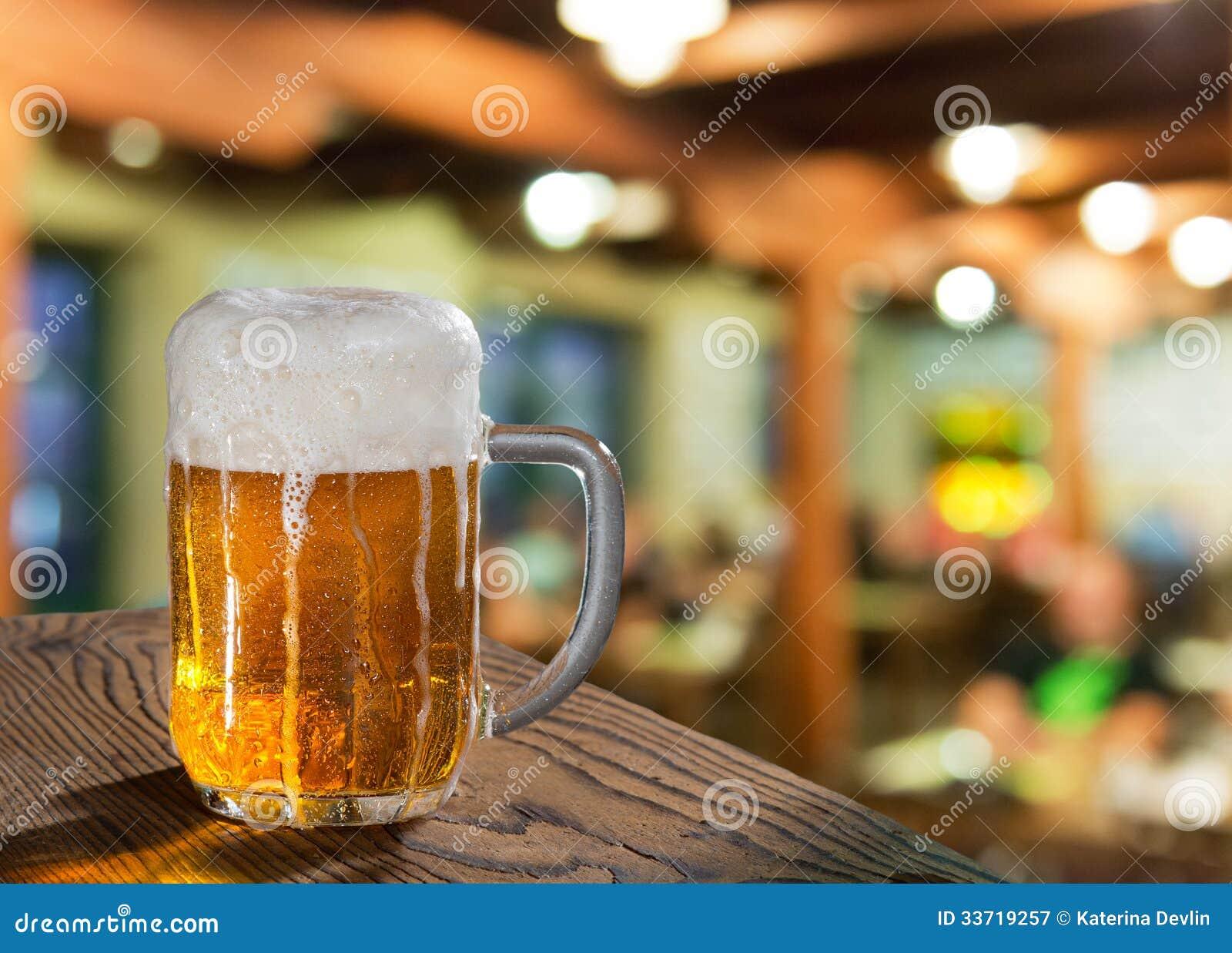 Ölexponeringsglas i bar