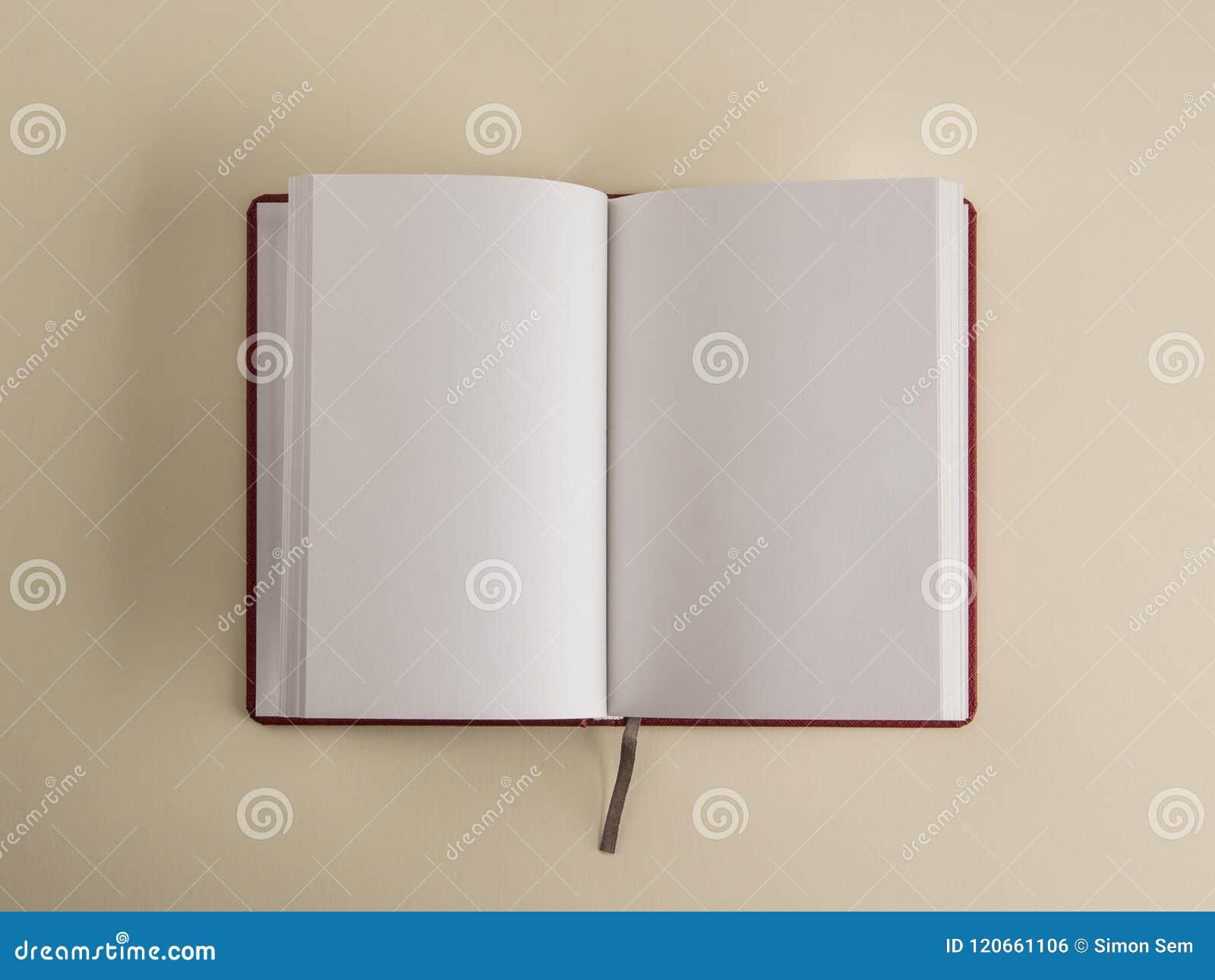 öppen bokbokmärke