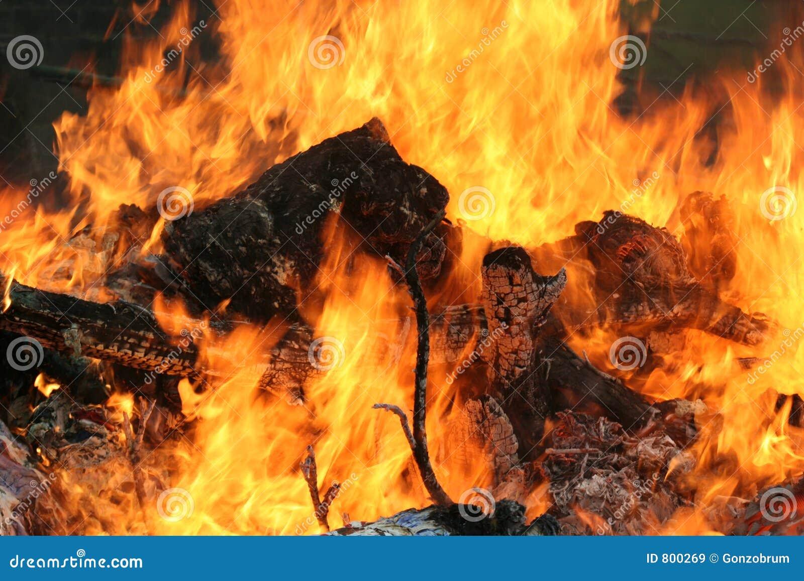 öppen brand