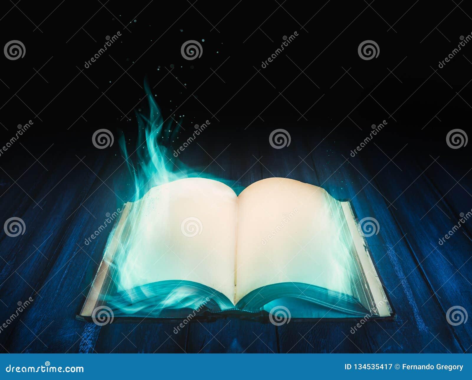 Öppen magisk bok på atable