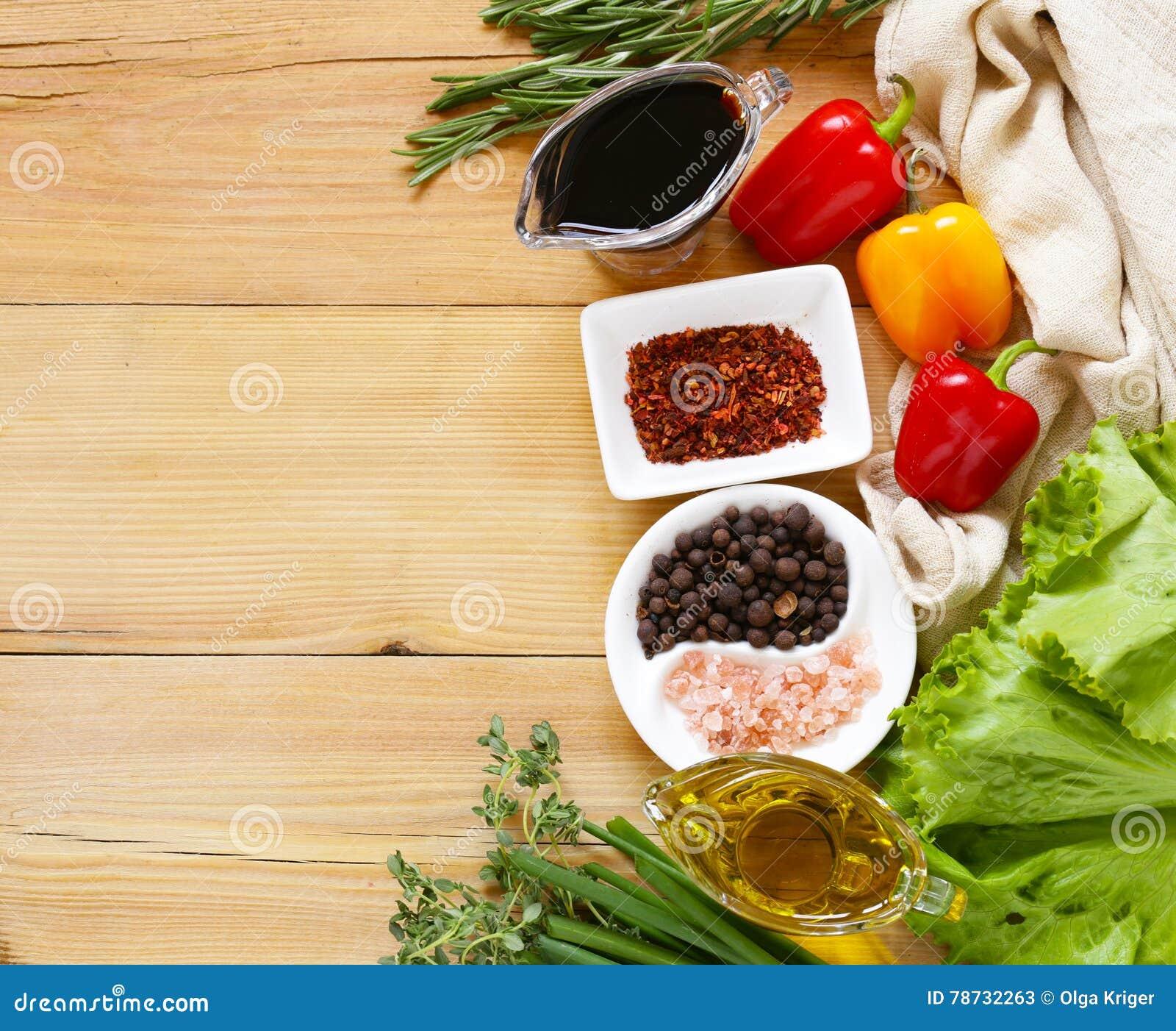 Örter och kryddor, grönsaker och såser
