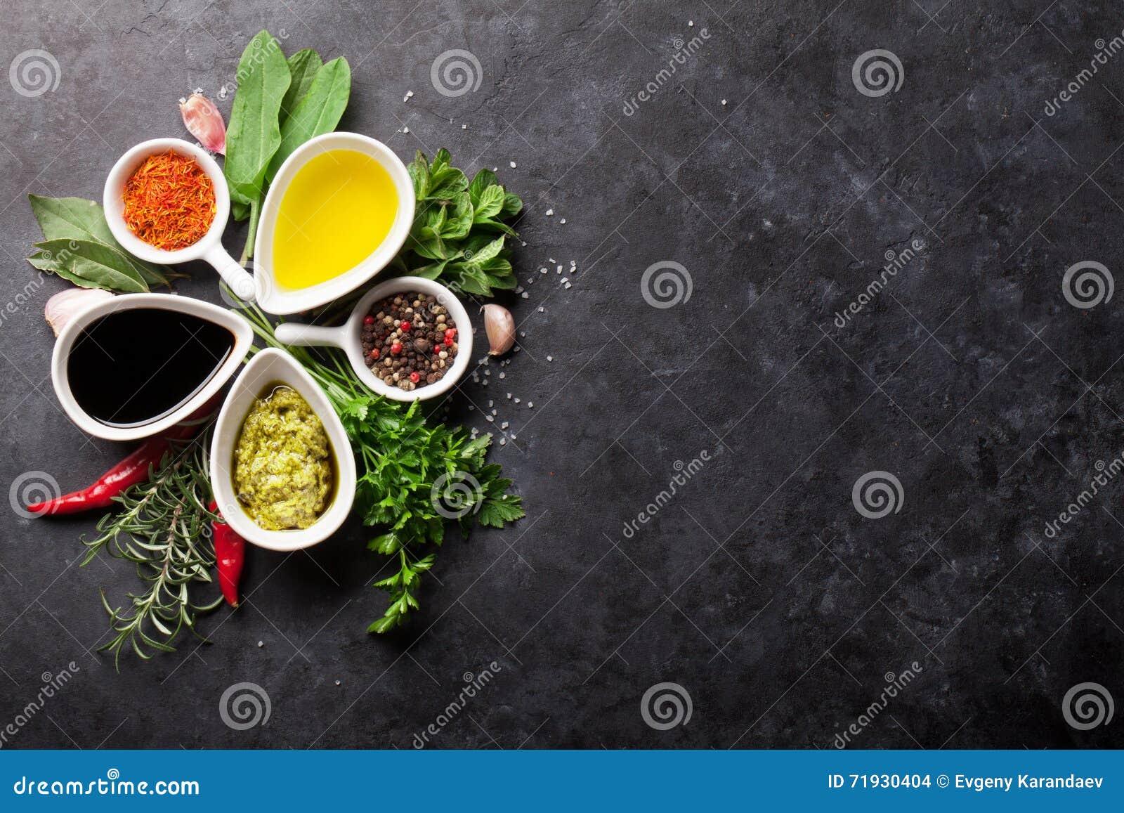 Örter, smaktillsatser och kryddor