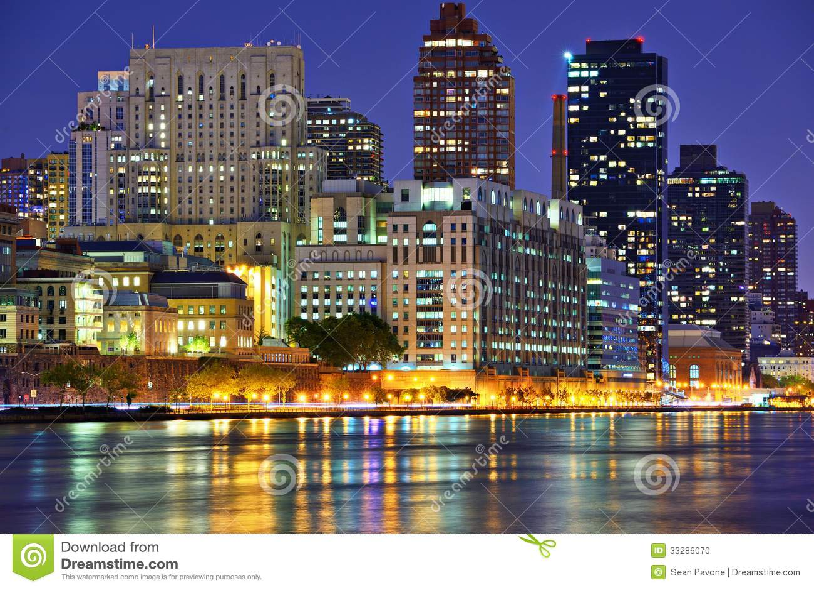Östlig sida New York City för Upper