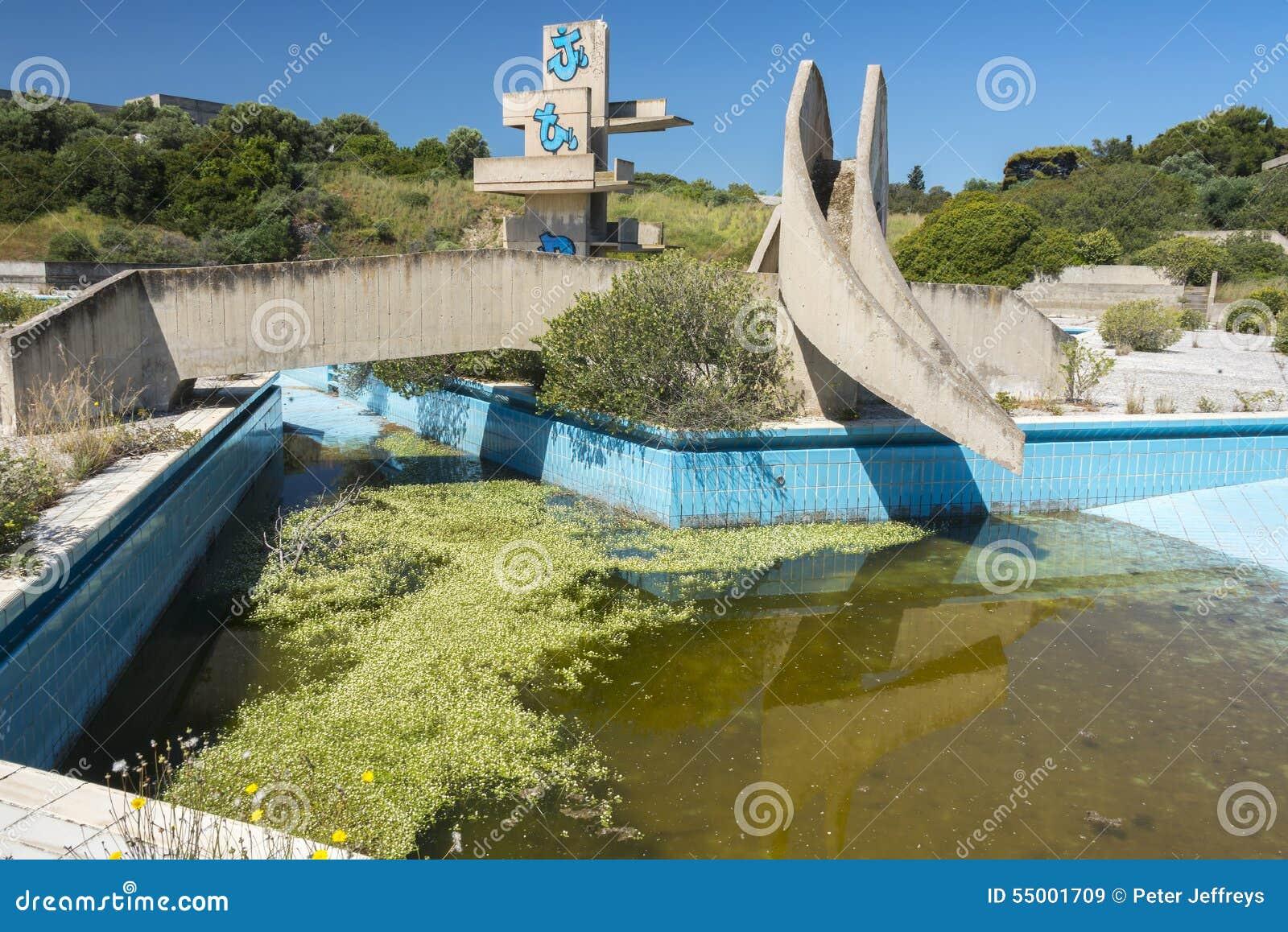 Övergiven lido på Rhodes, Grekland