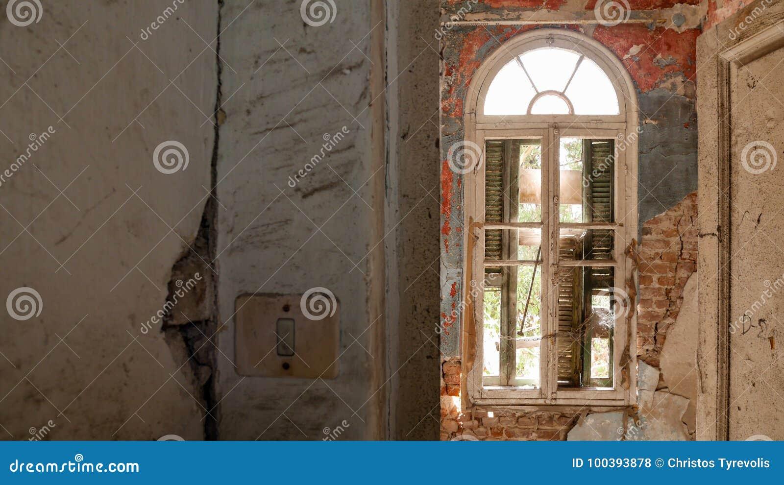Övergiven villa - Grekland
