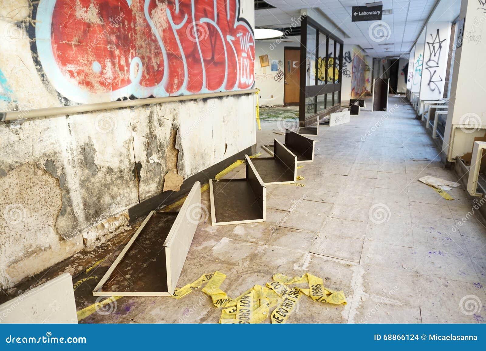 övergivet sjukhus