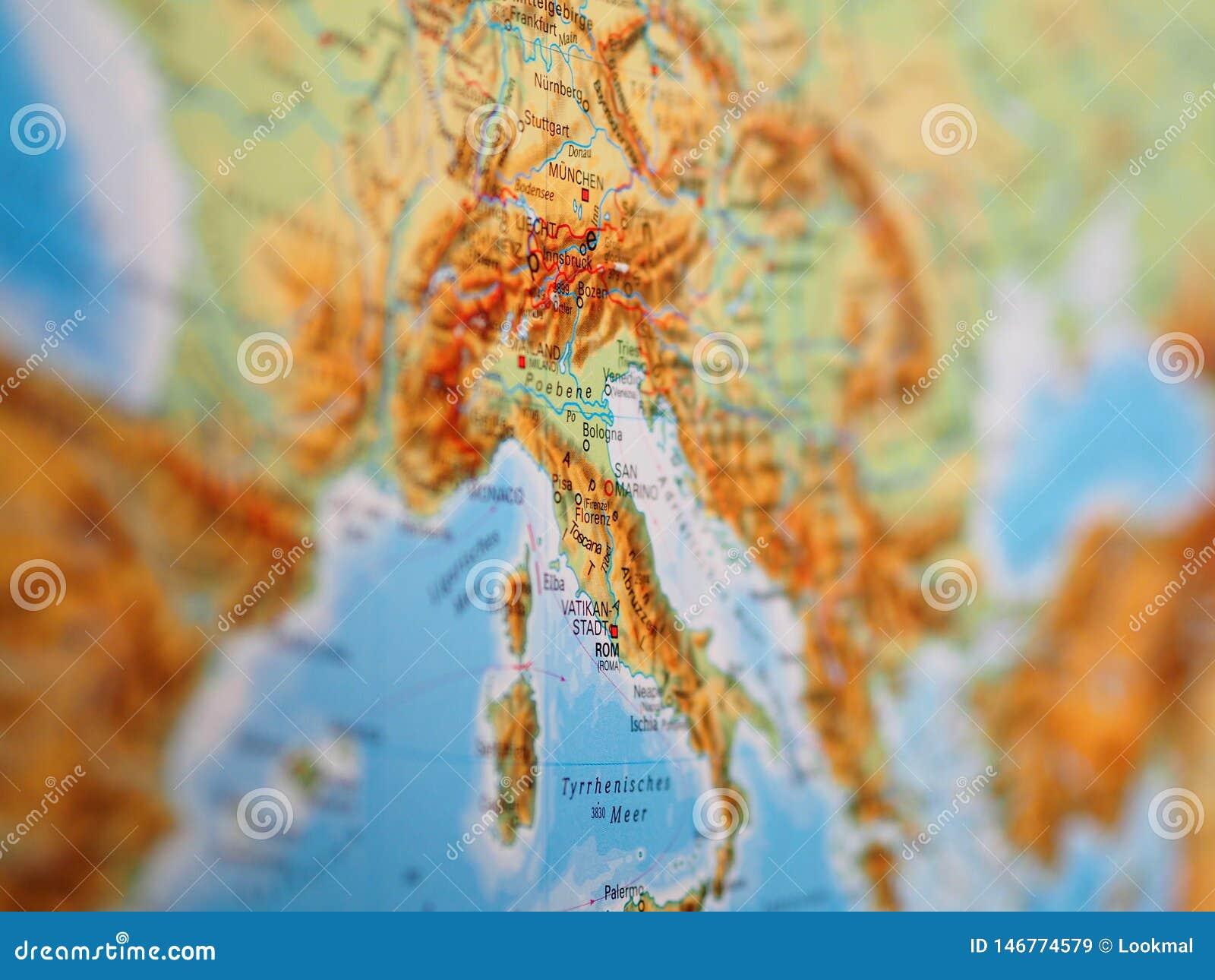 Översikt av Italien i mitten av Europa