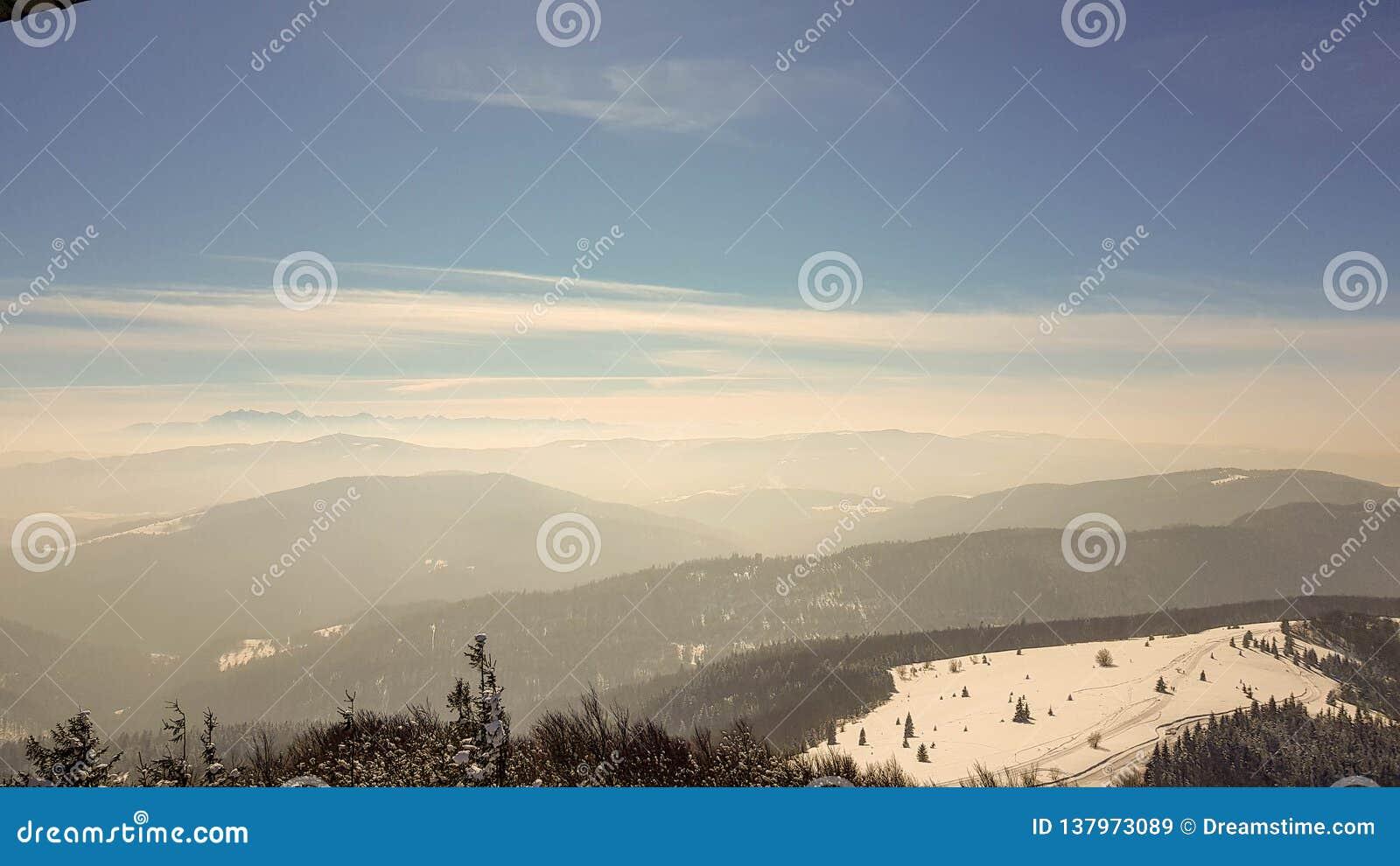 övre sikt för berg