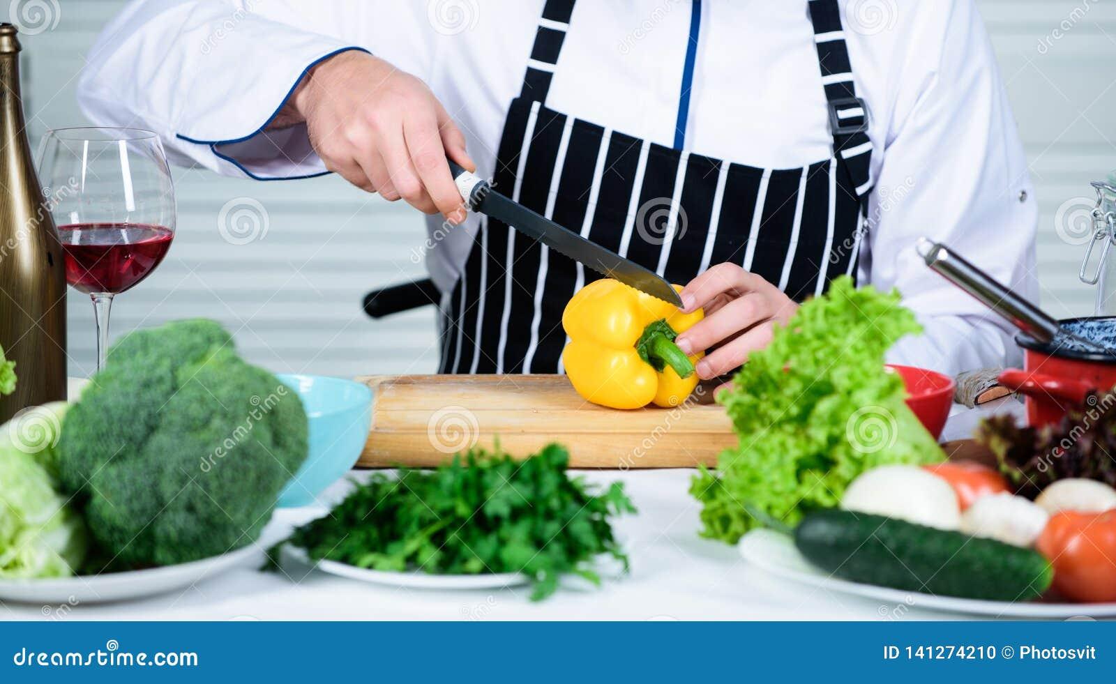 Útil para a quantidade significativa de cozinhar métodos Processos de cozimento básicos Cozinheiro chefe mestre do homem ou alime