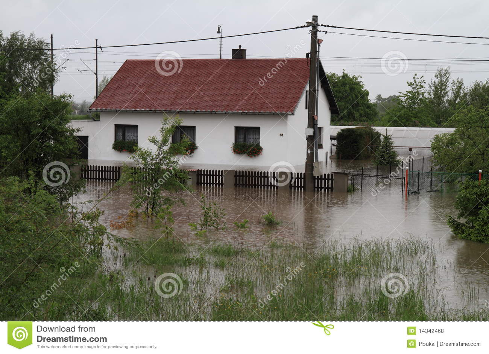 Überschwemmtes Haus