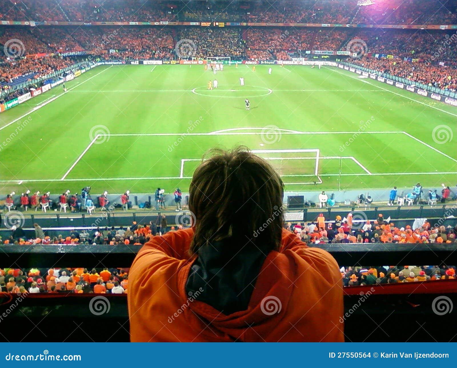 Überwachen eines Fußballspiels