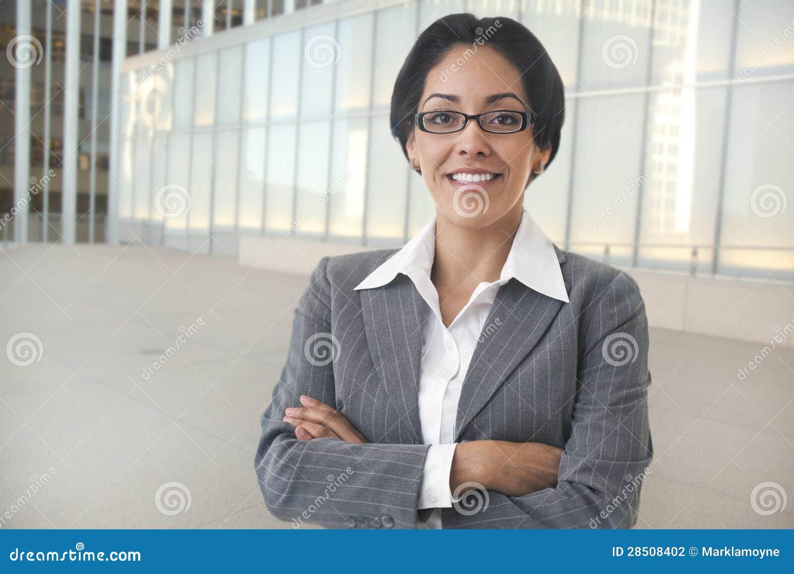 Überzeugte Geschäftsfrau
