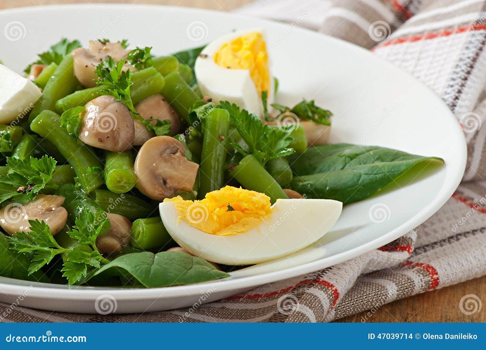 蘑菇煮鸡蛋_鸡蛋和蘑菇能一起吃吗-蘑菇和鸡蛋一起吃行吗
