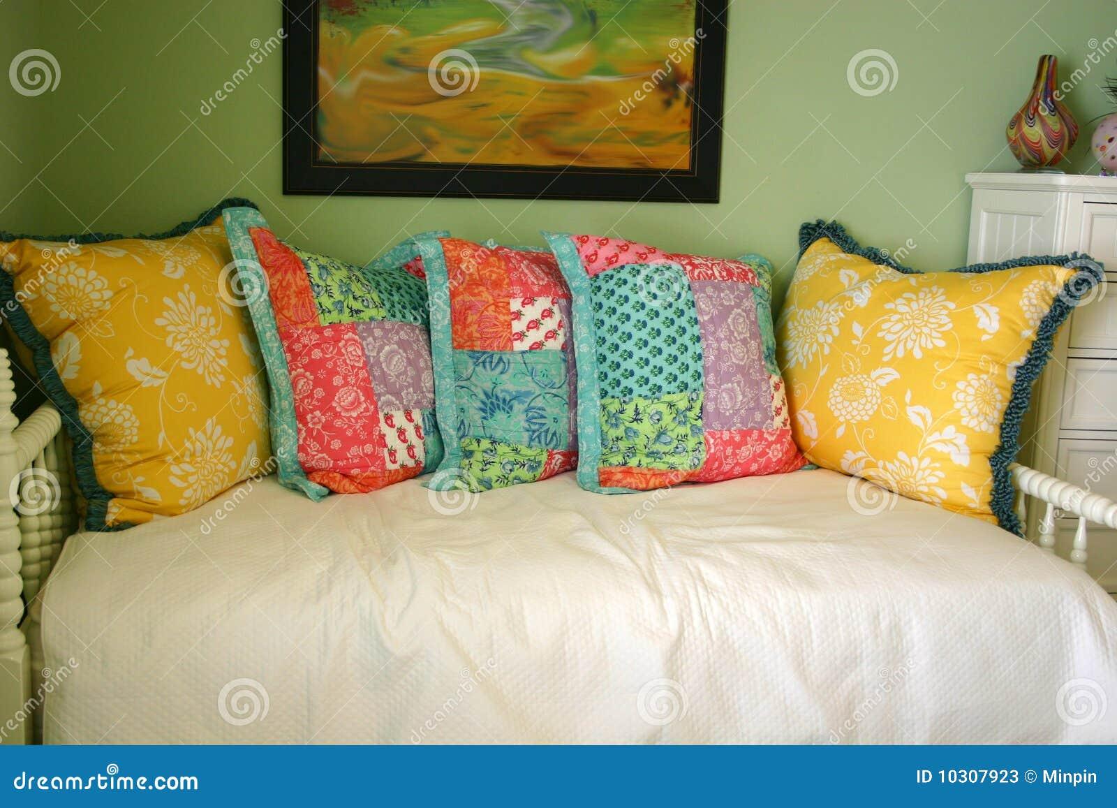 łóżkowy l kanapa