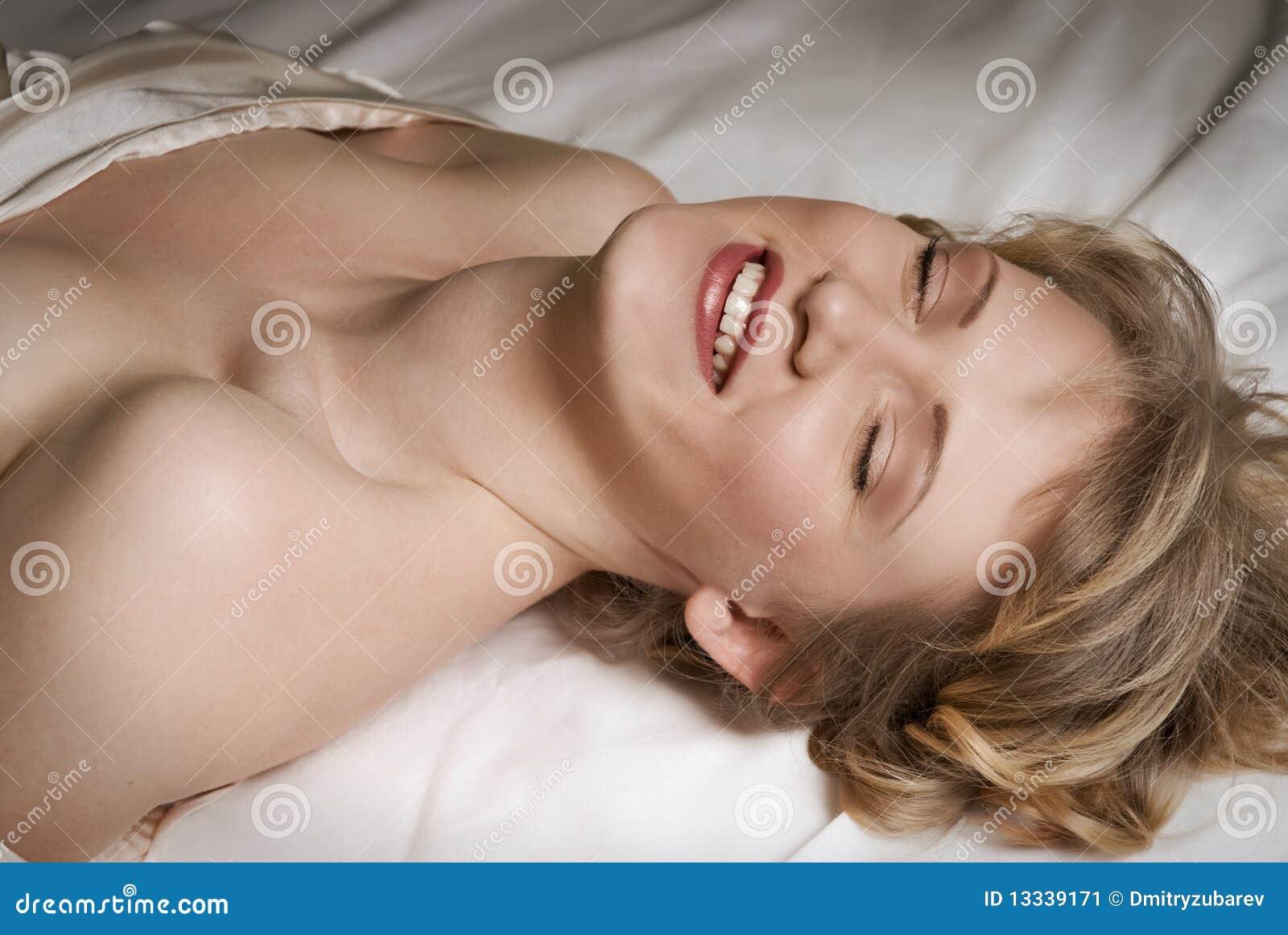 łóżkowy target542_0_ dziewczyny
