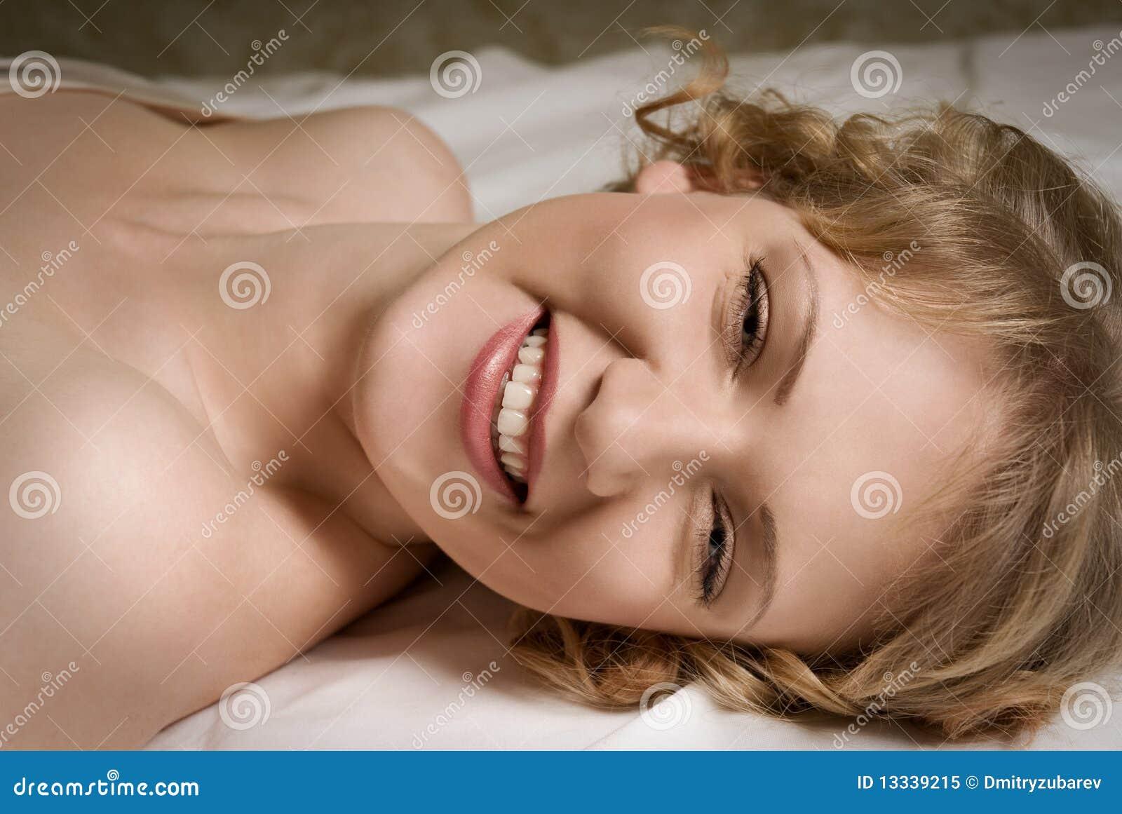 łóżkowy target726_0_ dziewczyny